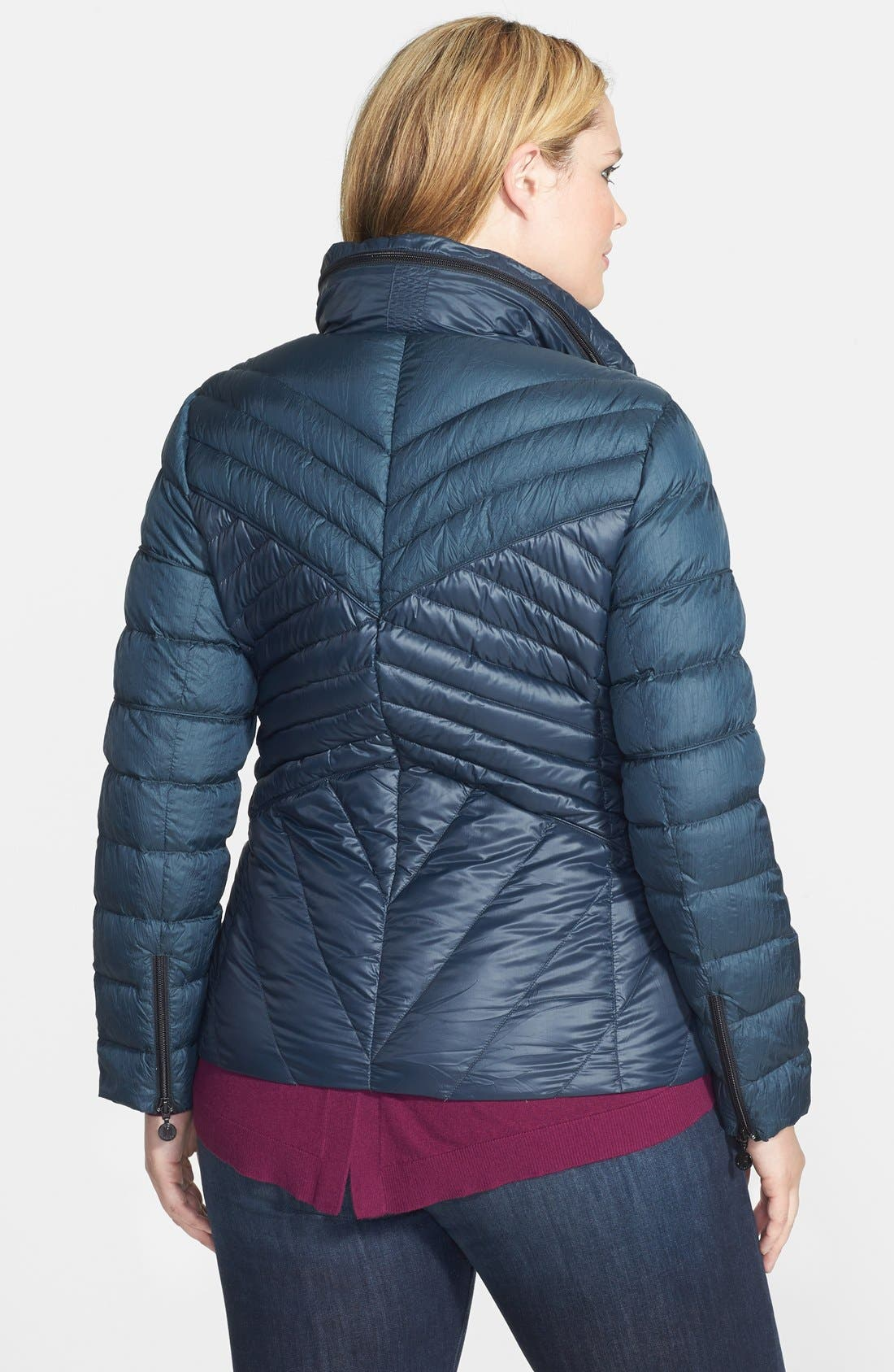 Alternate Image 2  - Bernardo Two-Tone Packable Down Jacket (Plus Size)