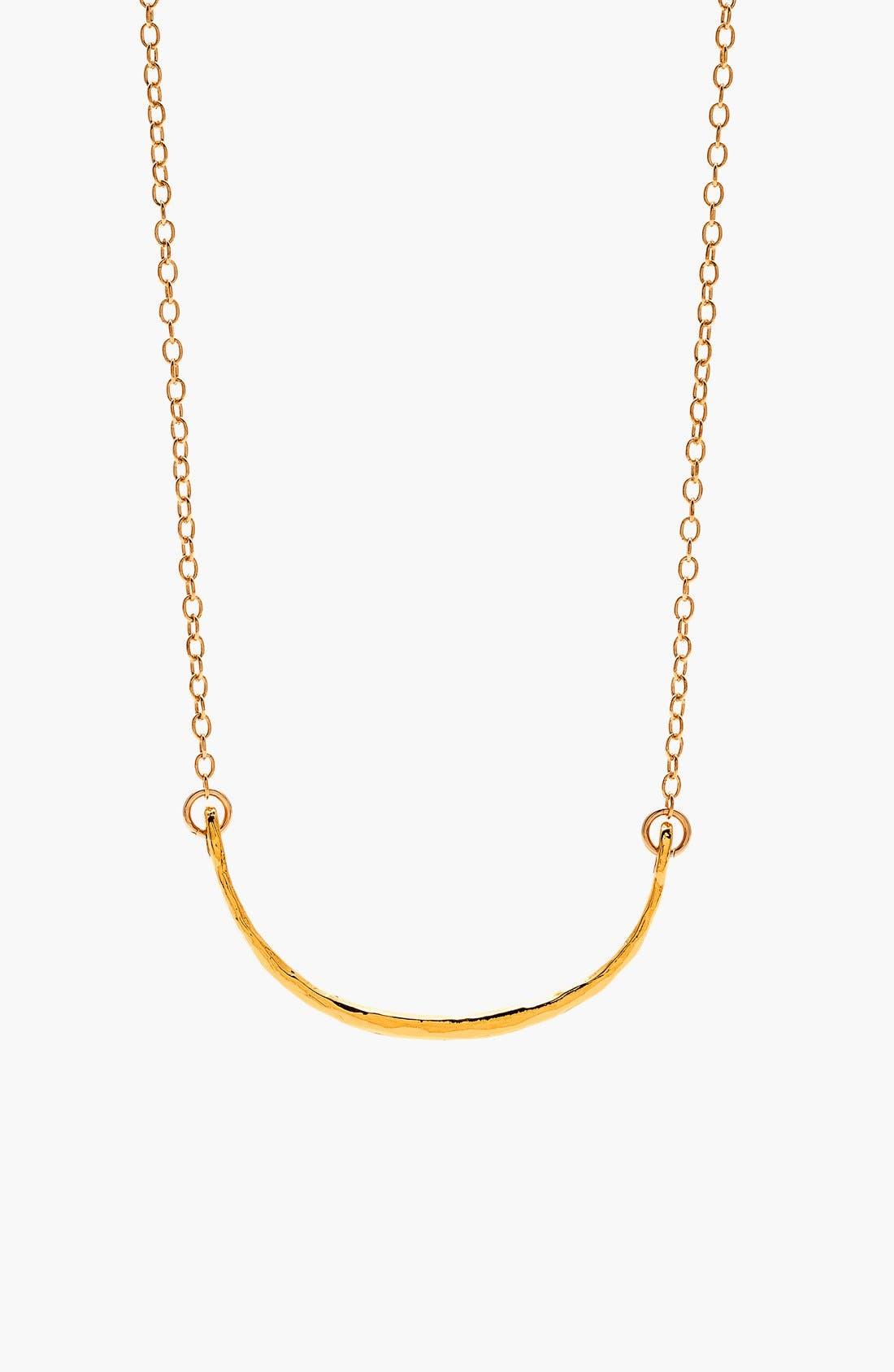 Main Image - gorjana 'Taner' Curved Pendant Necklace