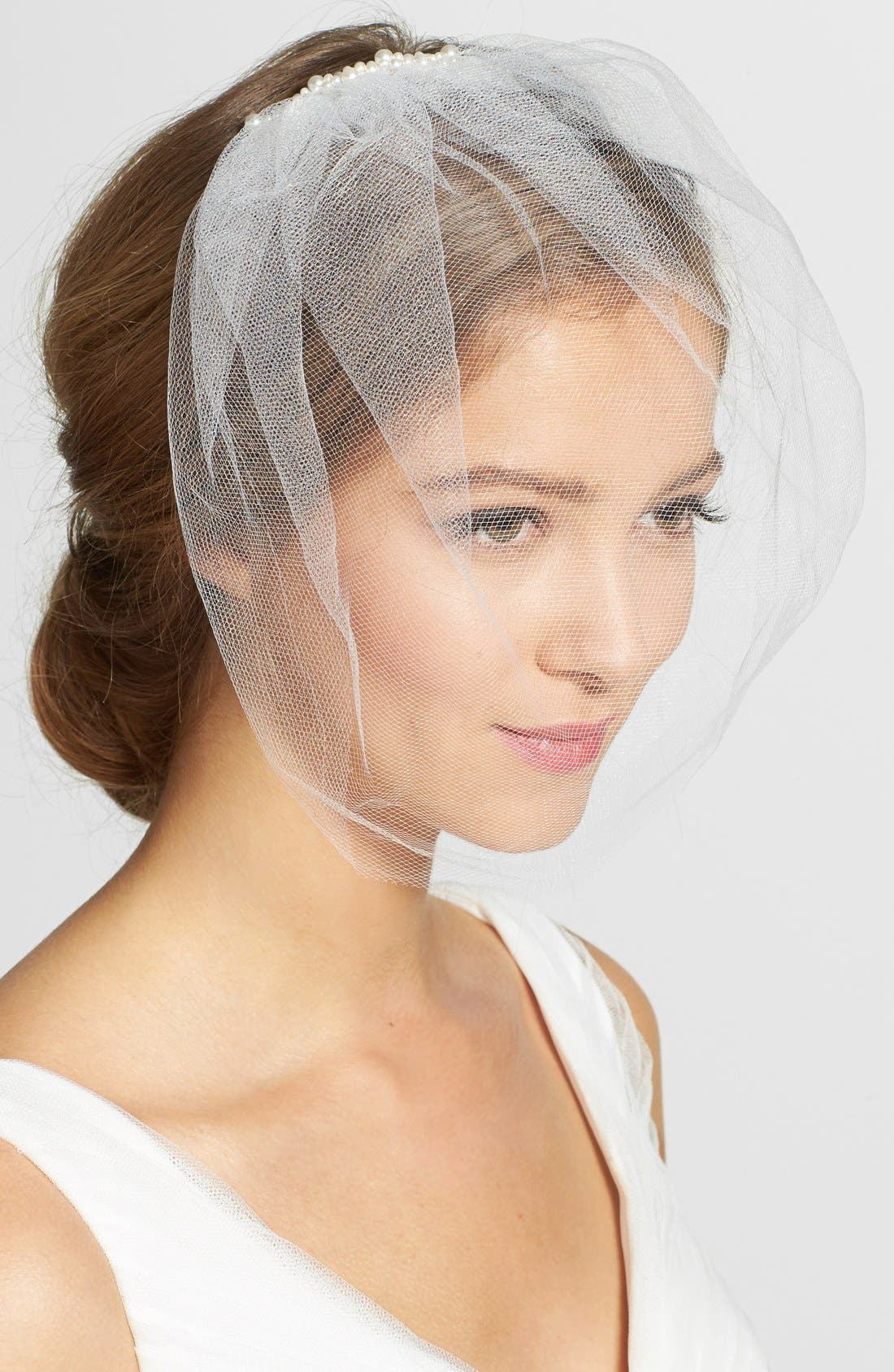 Alternate Image 1 Selected - J-Picone Imitation Pearl Comb Tulle Blusher/Birdcage Veil