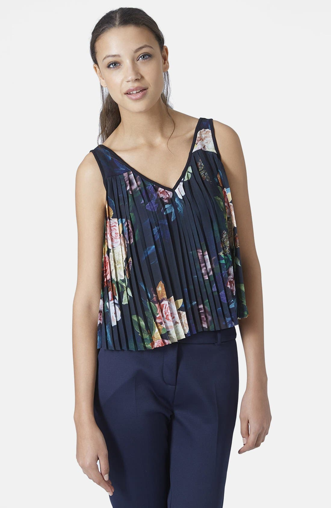 Alternate Image 1 Selected - Topshop Floral Pleat Tank