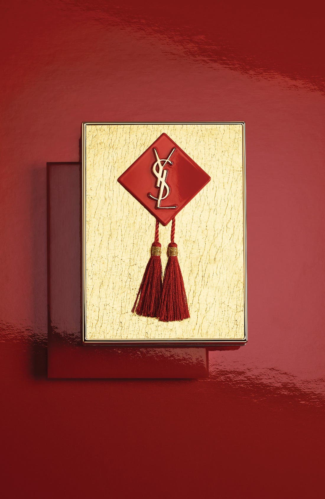 Alternate Image 2  - Yves Saint Laurent Chinese New Year Blush Palette (Limited Edition)