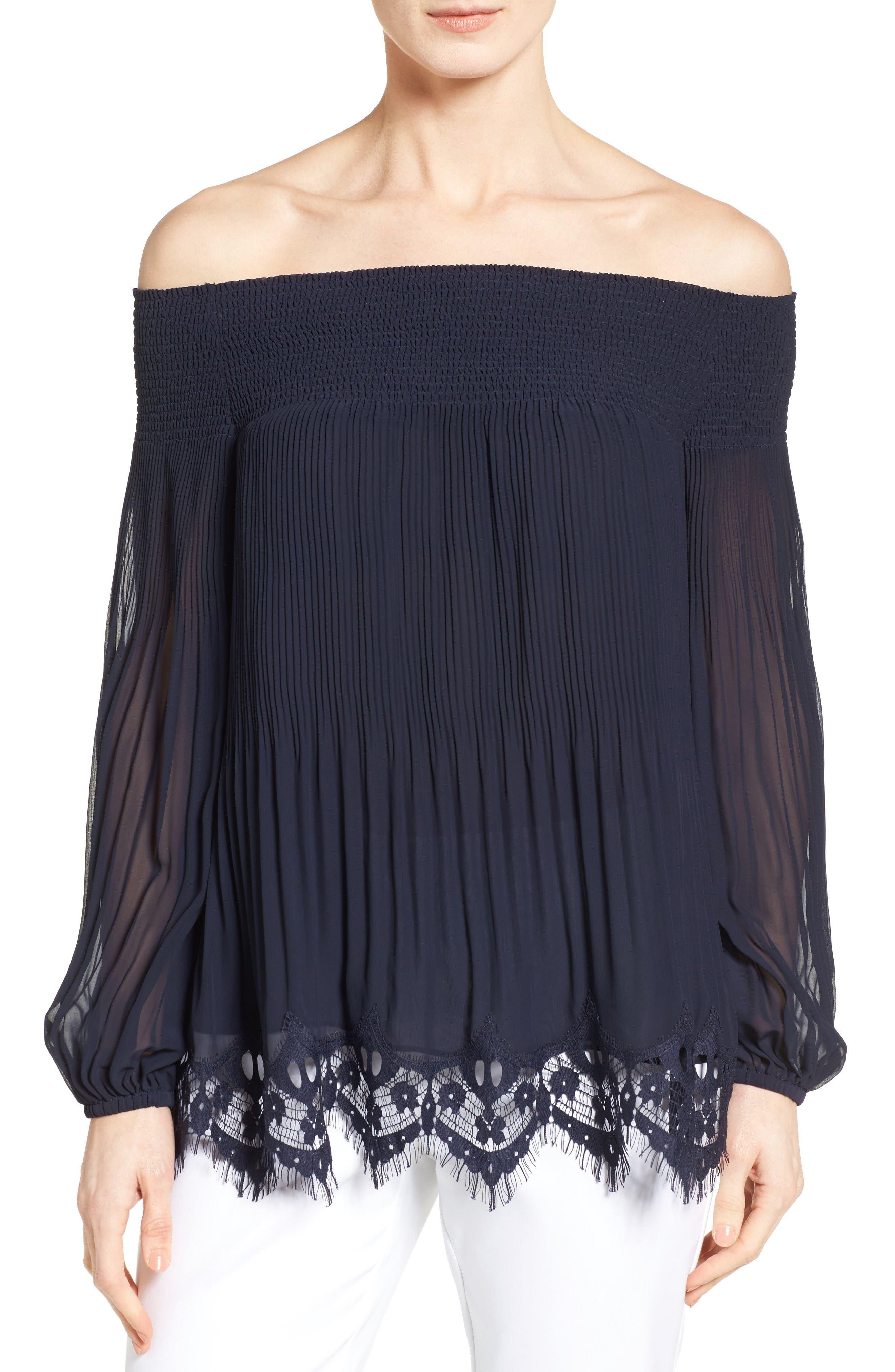 CLASSIQUES ENTIER® Smocked Lace Hem Top