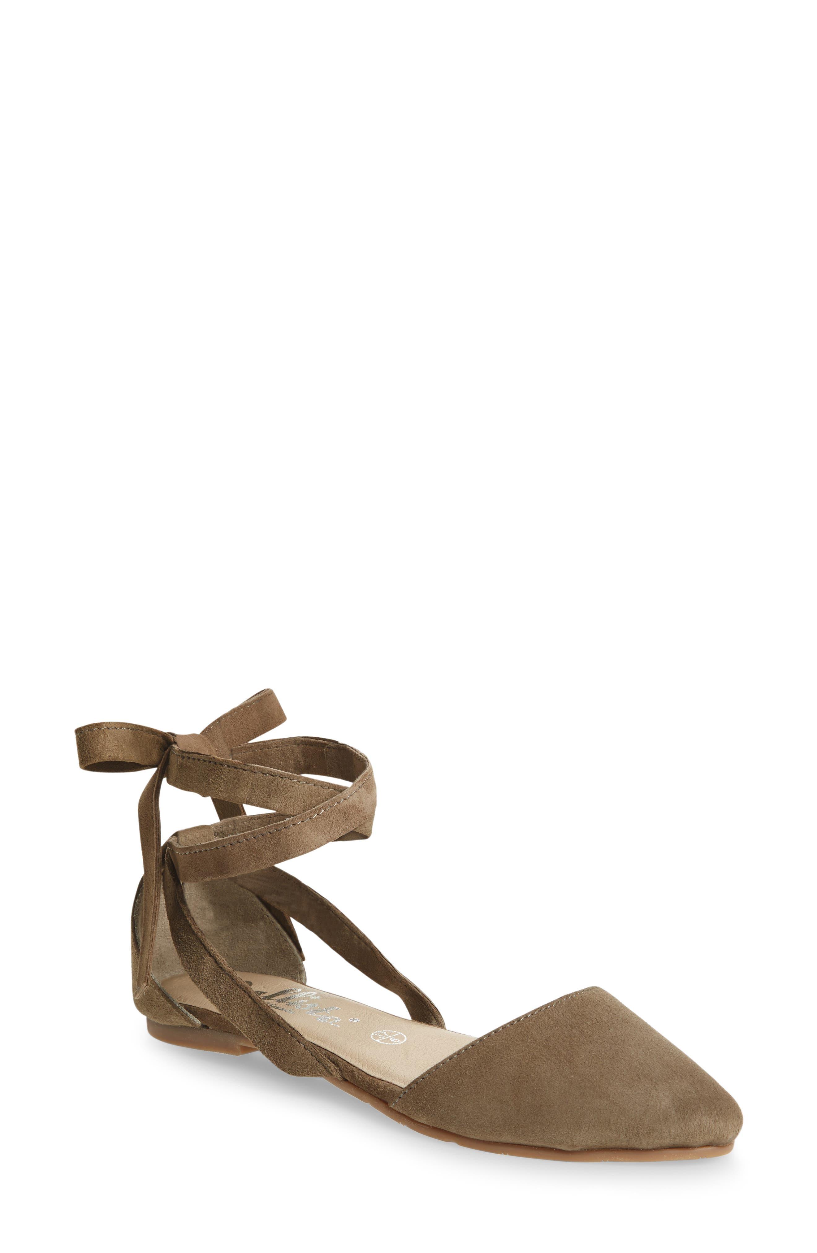 Callisto Anneka Lace-Up d'Orsay Flat (Women)