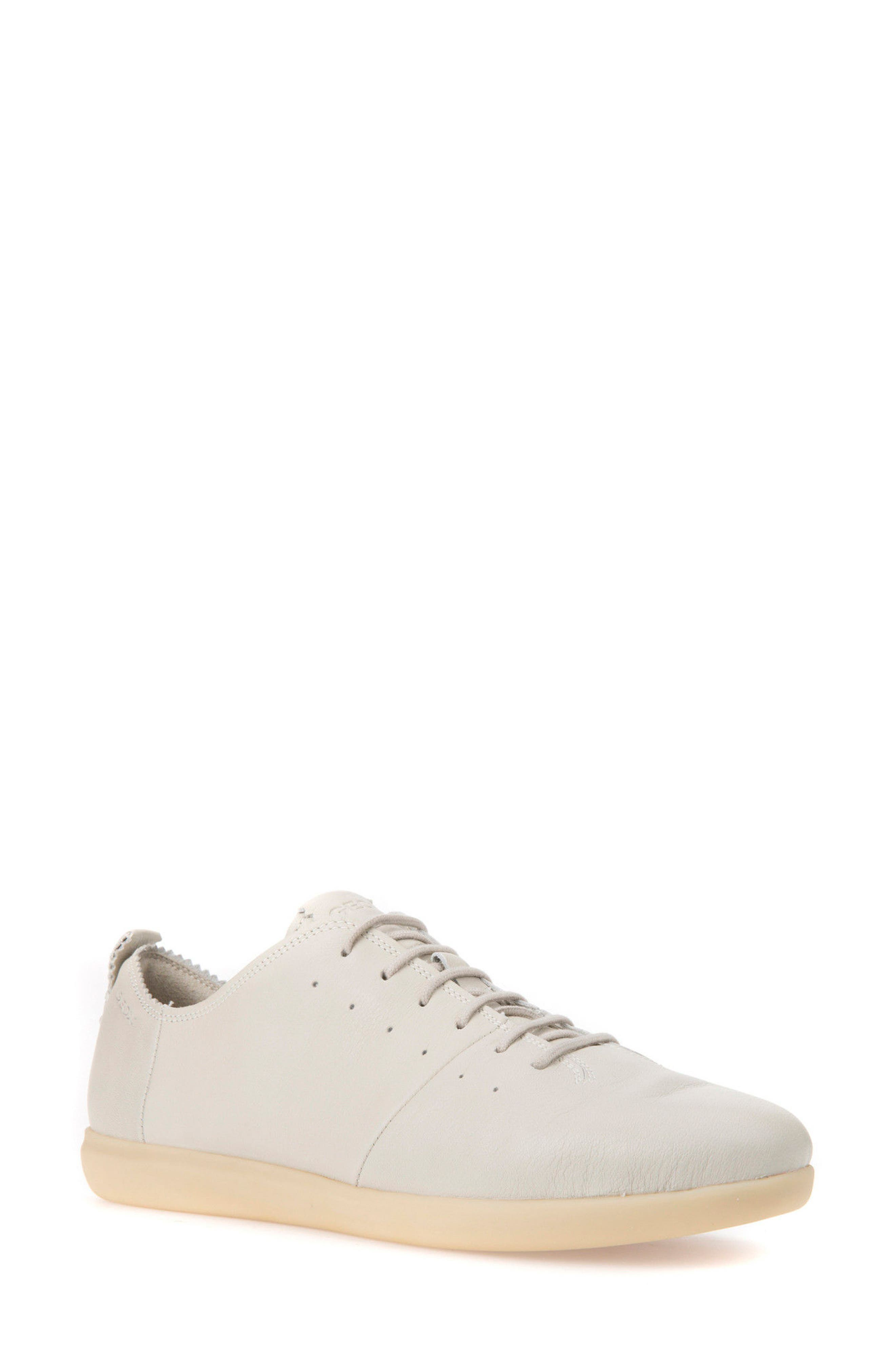 Geox New Do Sneaker (Women)