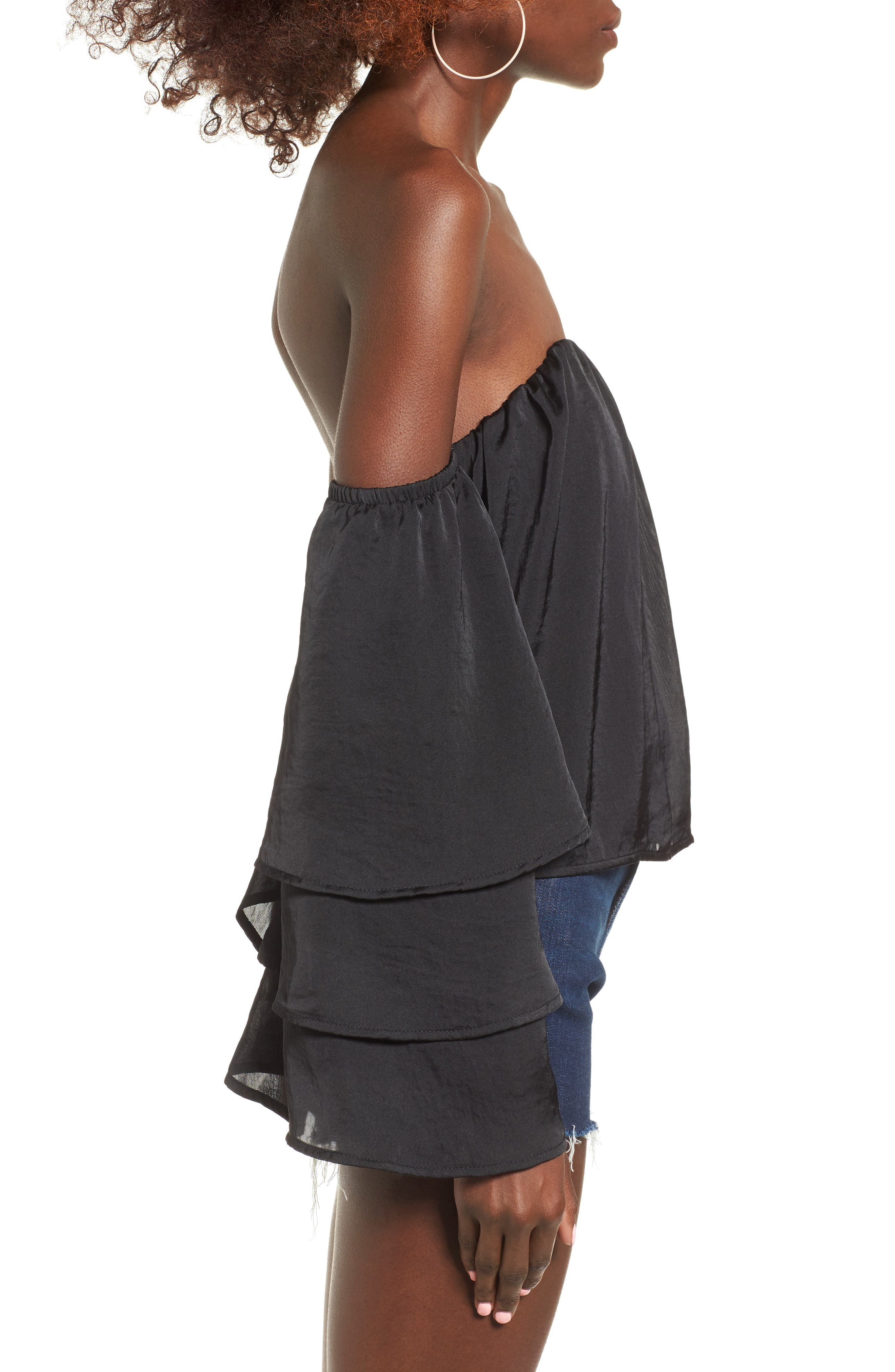 Alternate Image 3  - 4SI3NNA Ruffle Off the Shoulder Top