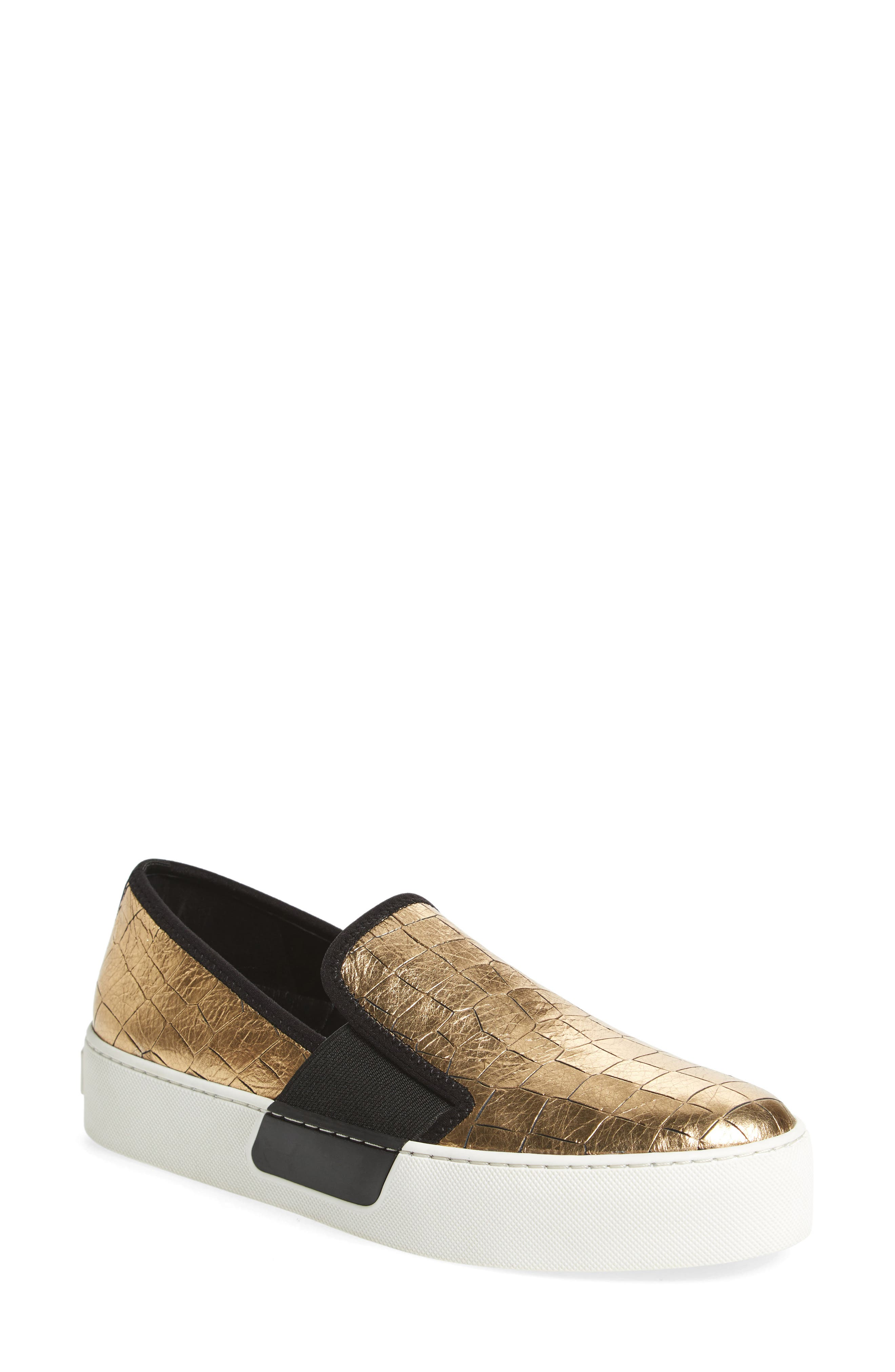 1.STATE Waylan Slip-On Sneaker (Women)