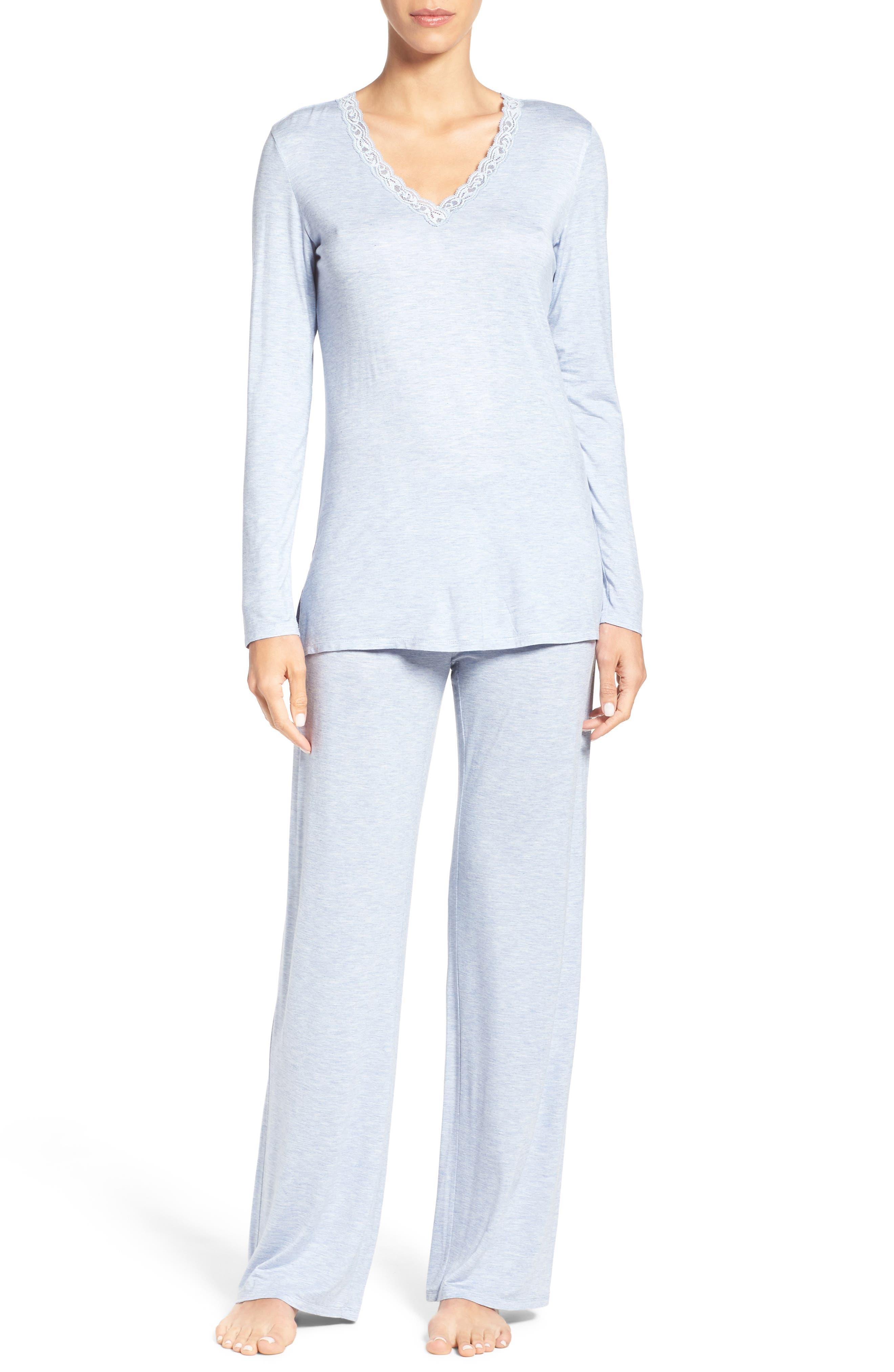 NATORI Feathers Pajamas