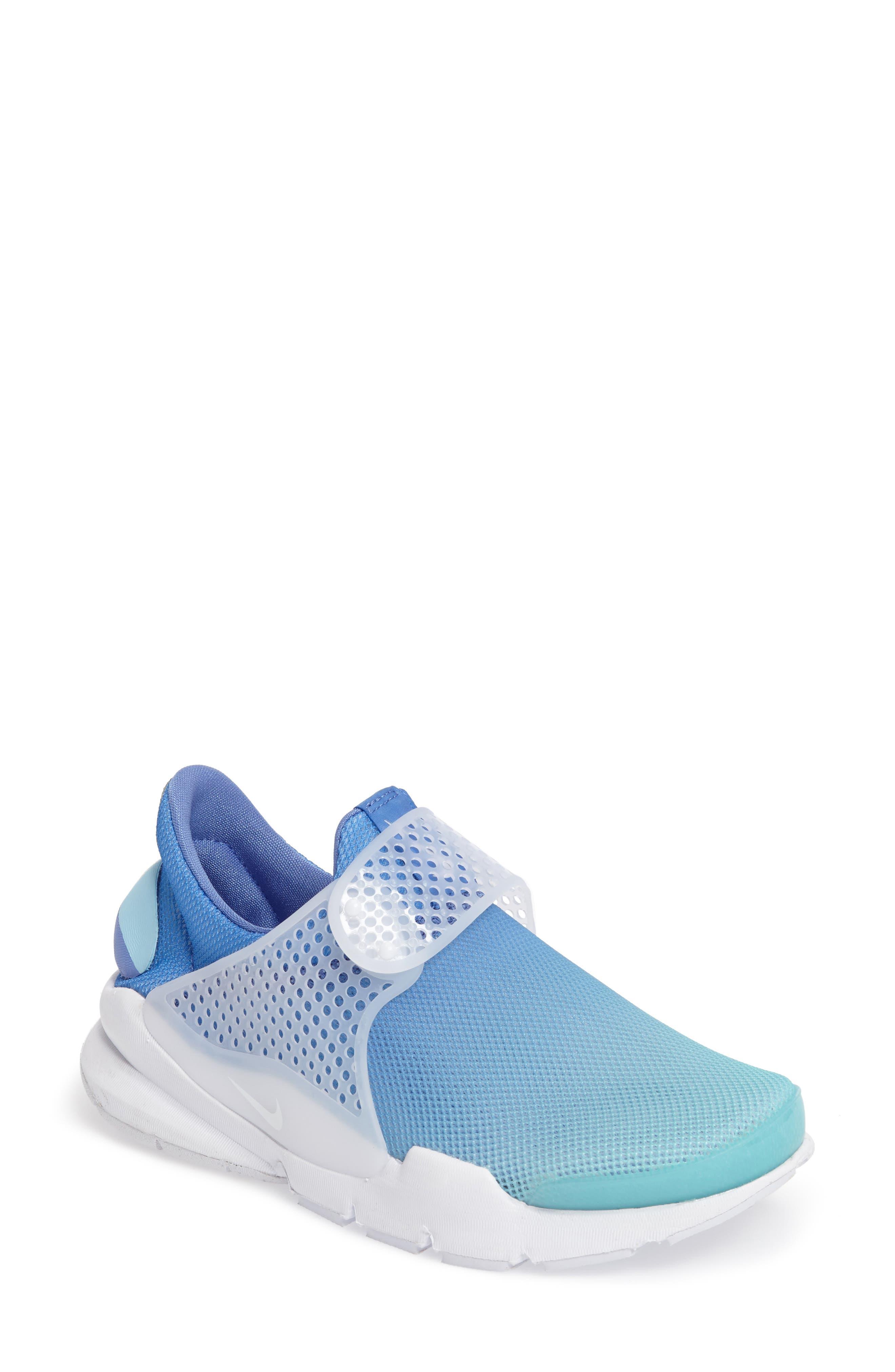 Nike Sock Dart Breathe Sneaker (Women)