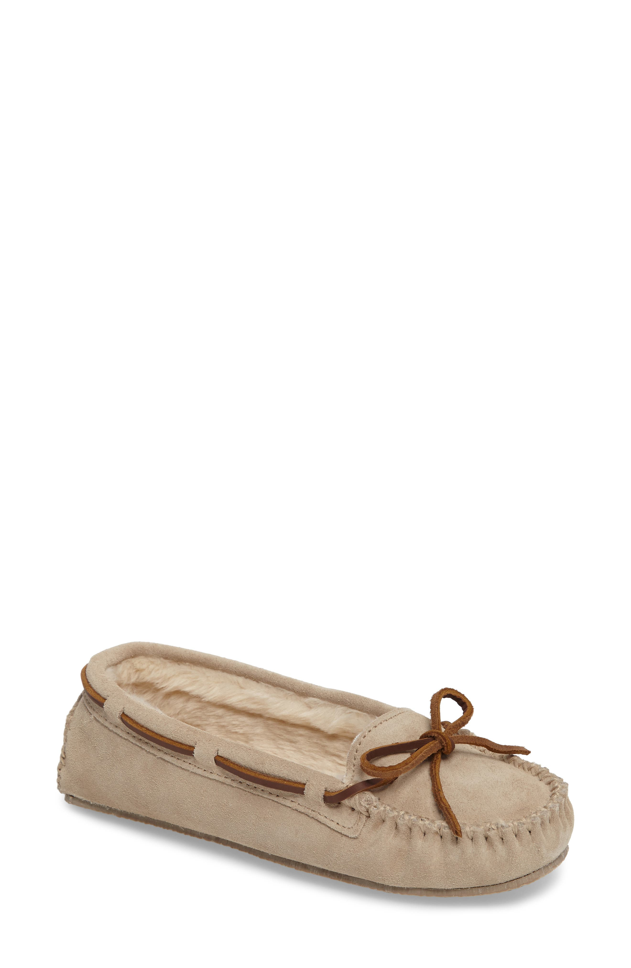 Main Image - Minnetonka 'Cally' Slipper