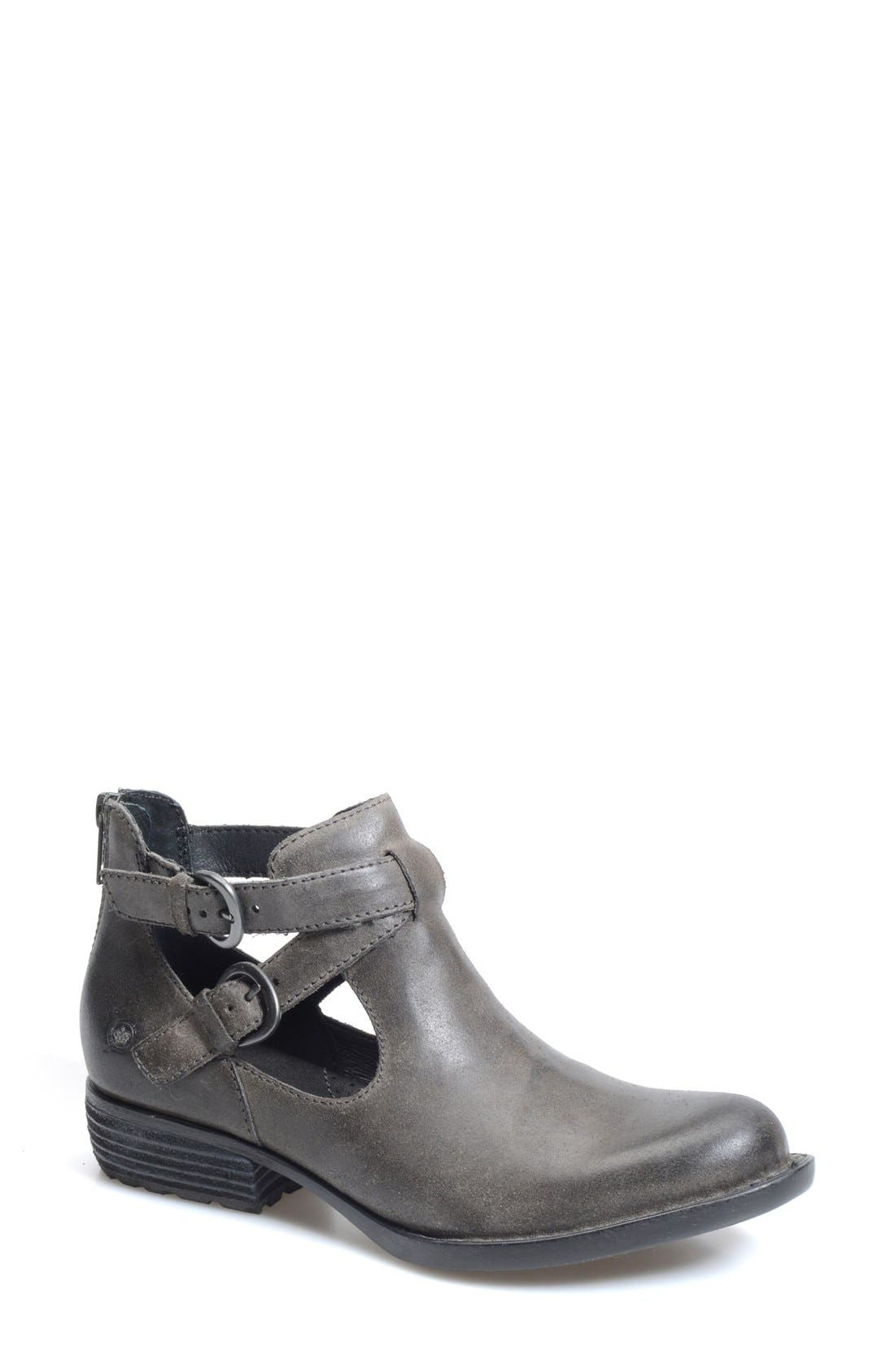 Alternate Image 1 Selected - Børn 'Kamilla' Cutout Ankle Boot (Women)