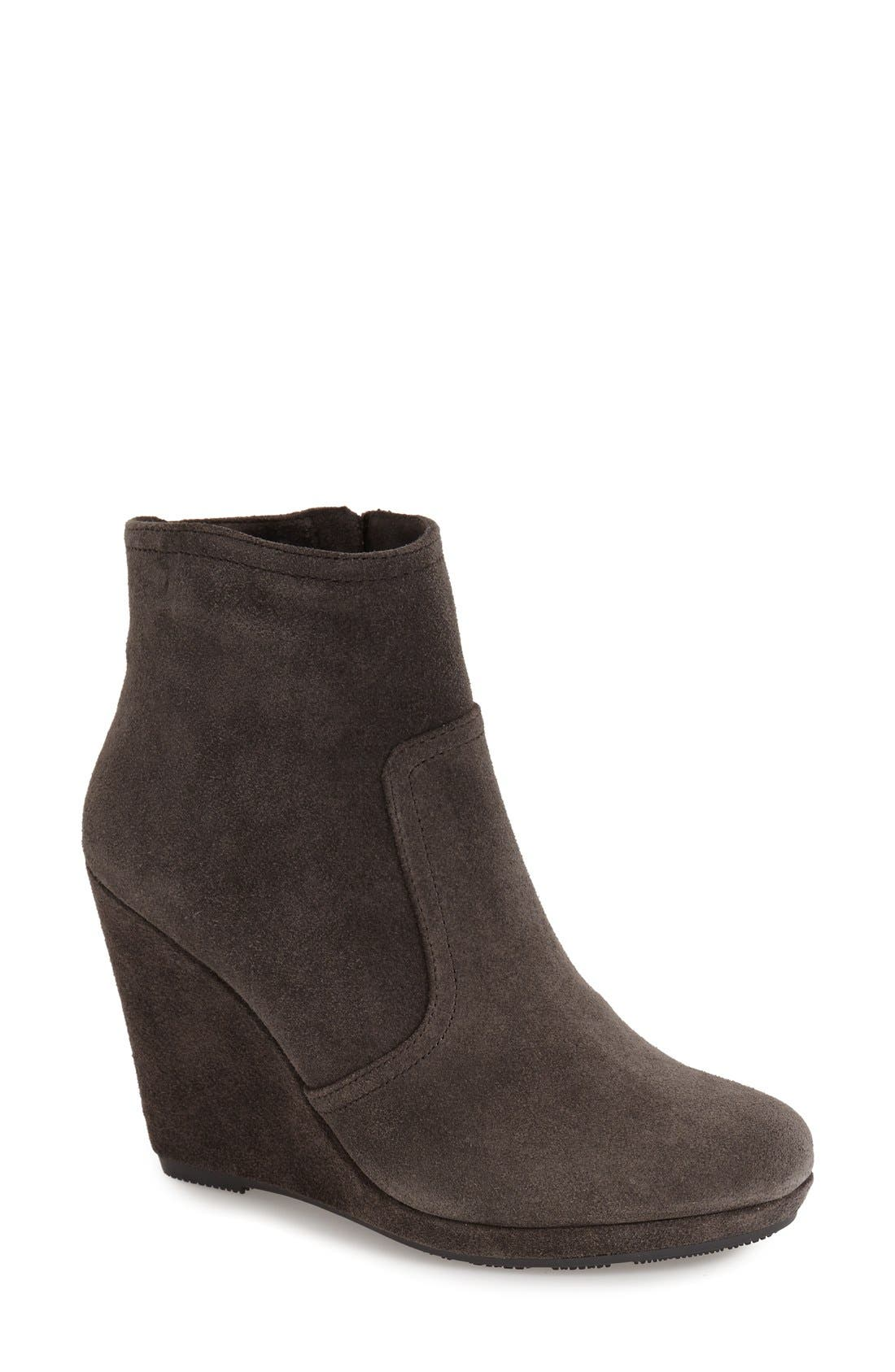 Alternate Image 1 Selected - Vince Camuto 'Abrum' Wedge Bootie (Women)