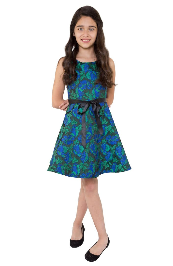 Girls clothing stores 7-16