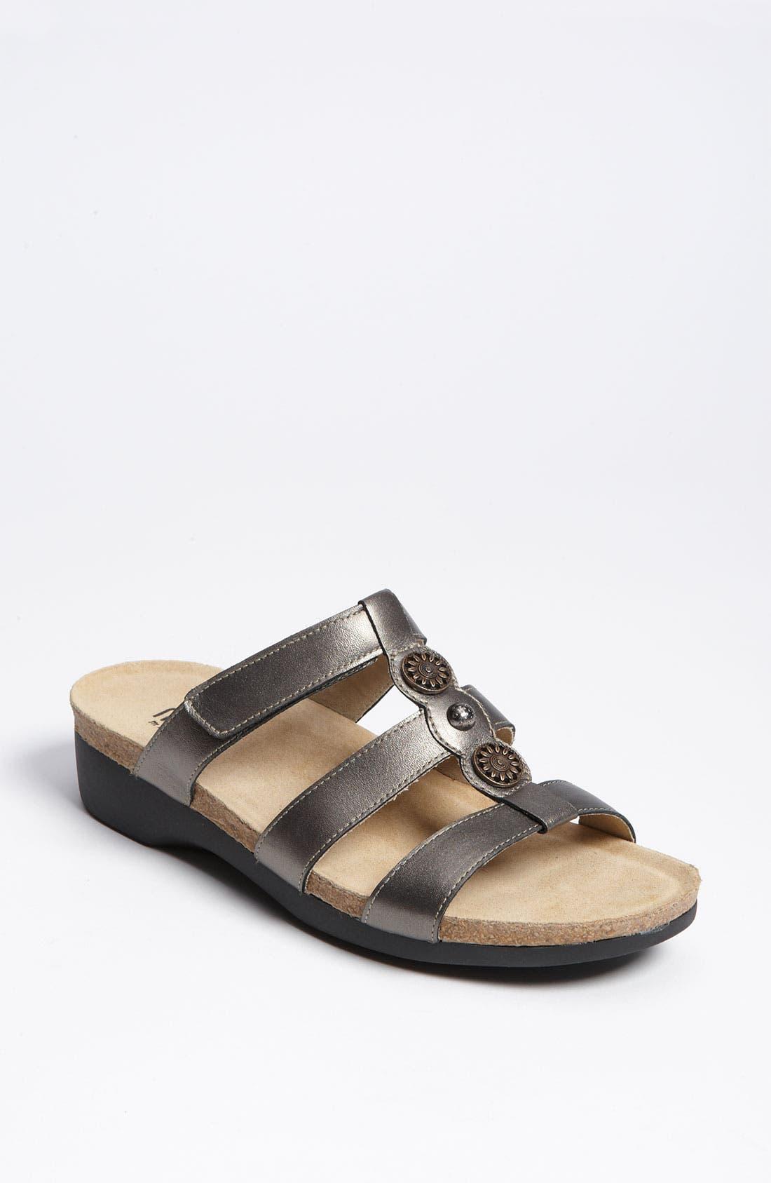 Main Image - Munro 'Virgo' Sandal