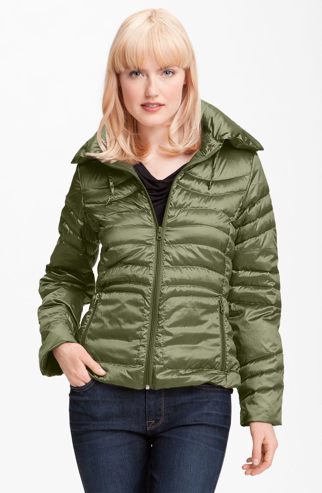 Alternate Image 1 Selected - Bernardo Iridescent Packable Down Jacket