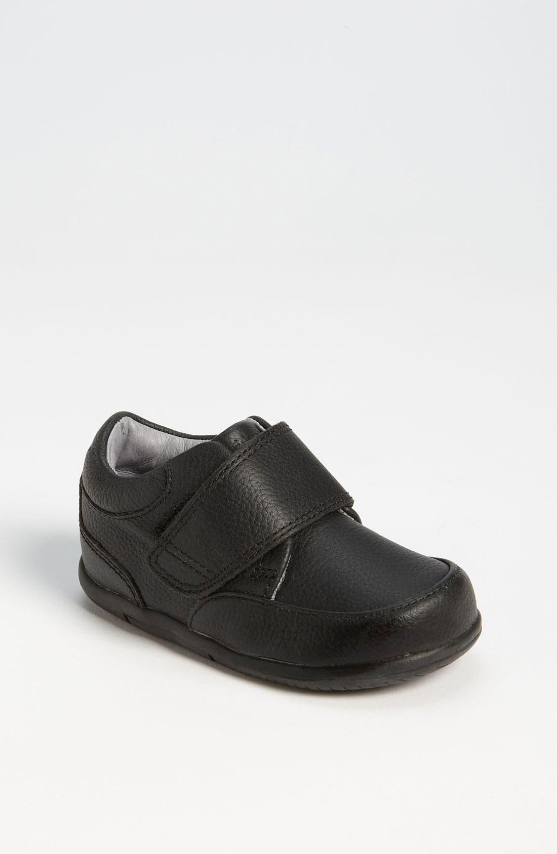 Main Image - Stride Rite 'Ross' Dress Shoe (Baby, Walker & Toddler)