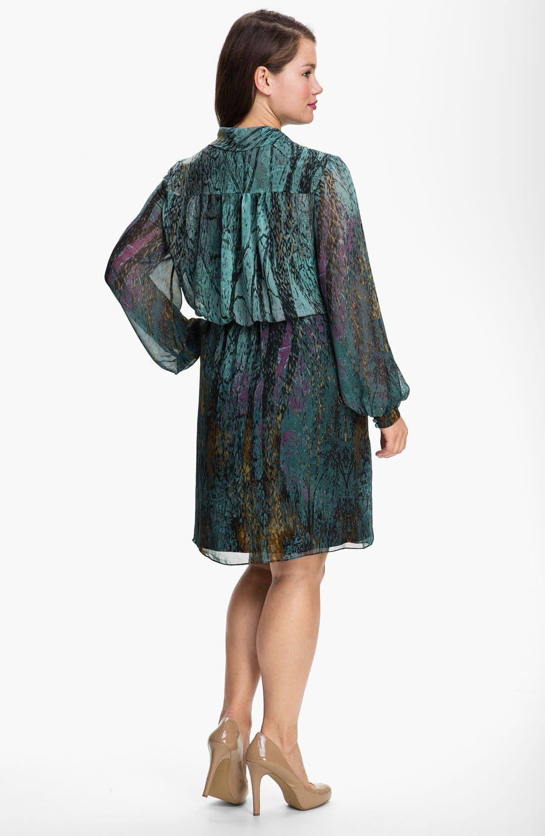 Alternate Image 2  - Donna Ricco Tie Neck Chiffon Blouson Dress (Plus)