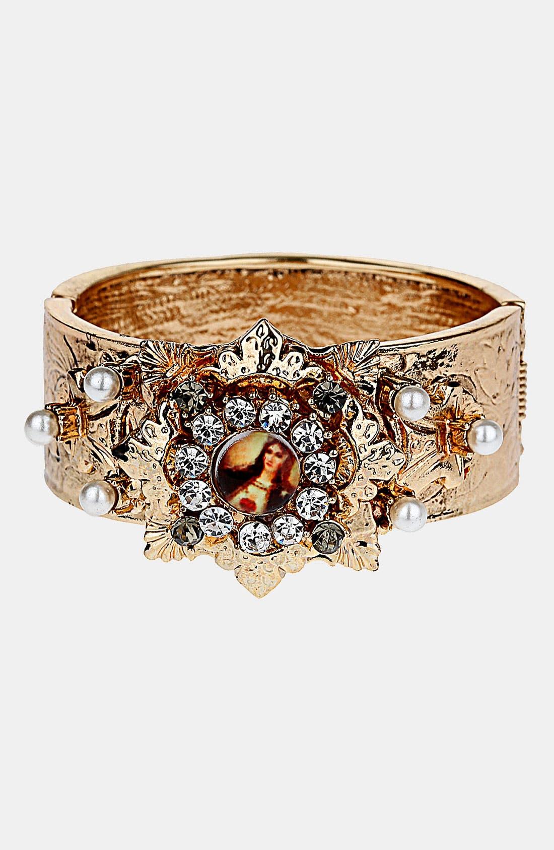 Main Image - Topshop 'Cameo Deco' Clamp Bracelet