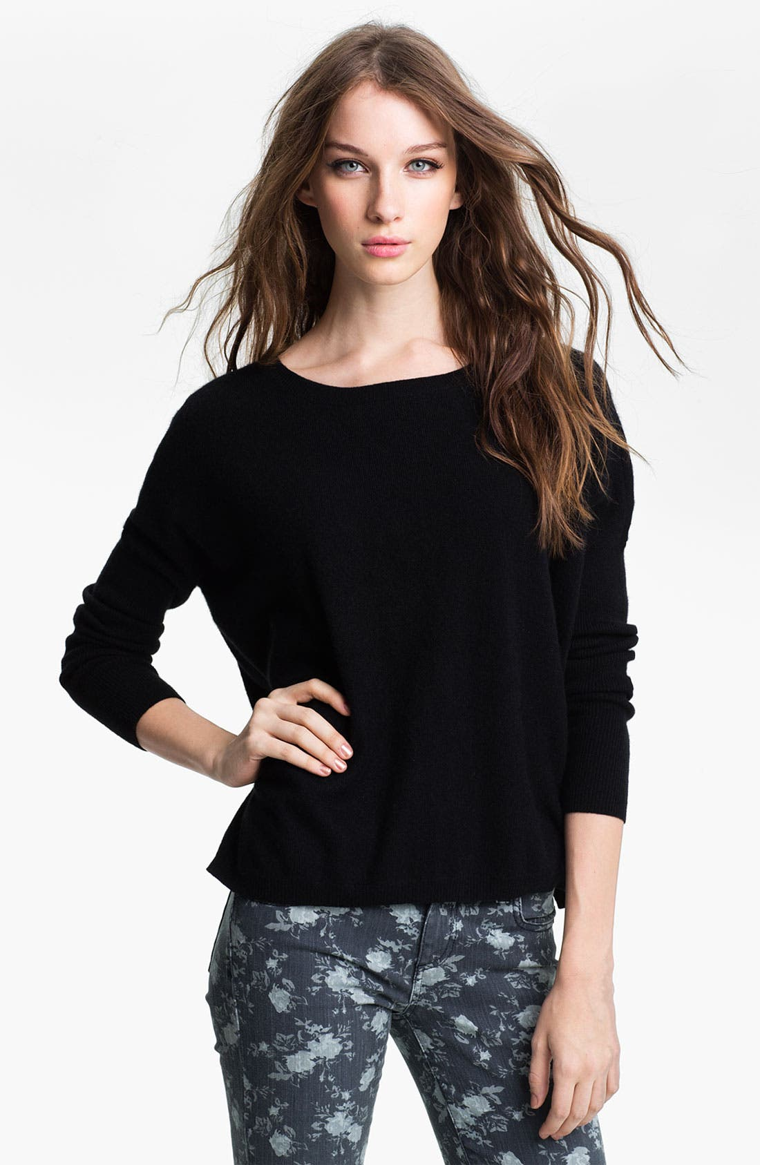 Main Image - Halogen® High Low Cashmere Sweater