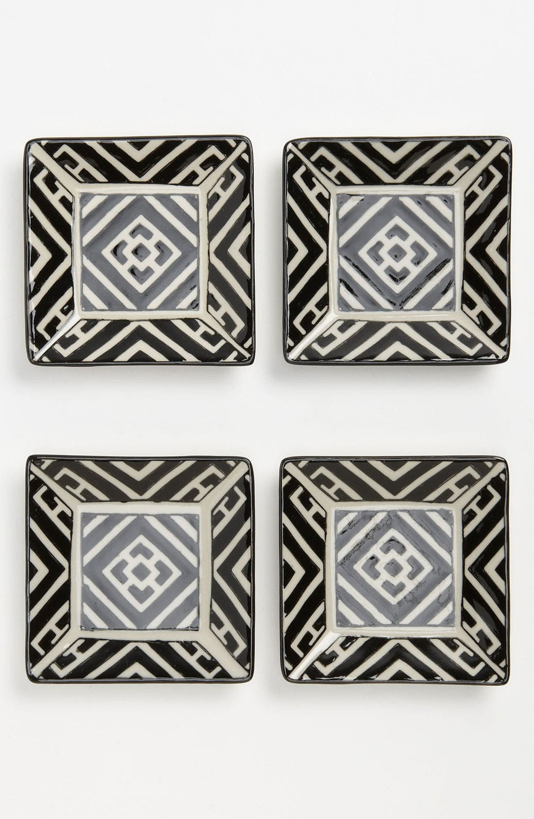 Main Image - Black & White Appetizer Plates (Set of 4)