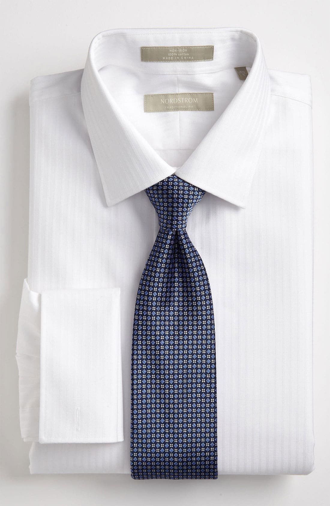 Alternate Image 2  - Nordstrom Traditional Fit Non-Iron Dress Shirt (Online Only)