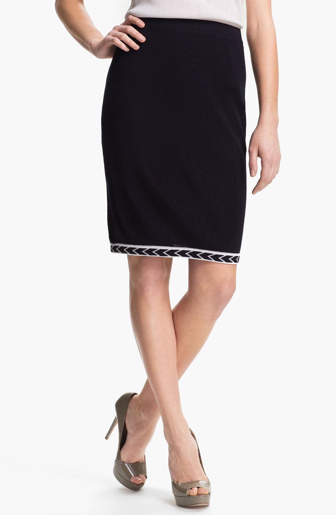 Main Image - Exclusively Misook 'Adrienne' Skirt (Petite) (Online Only)