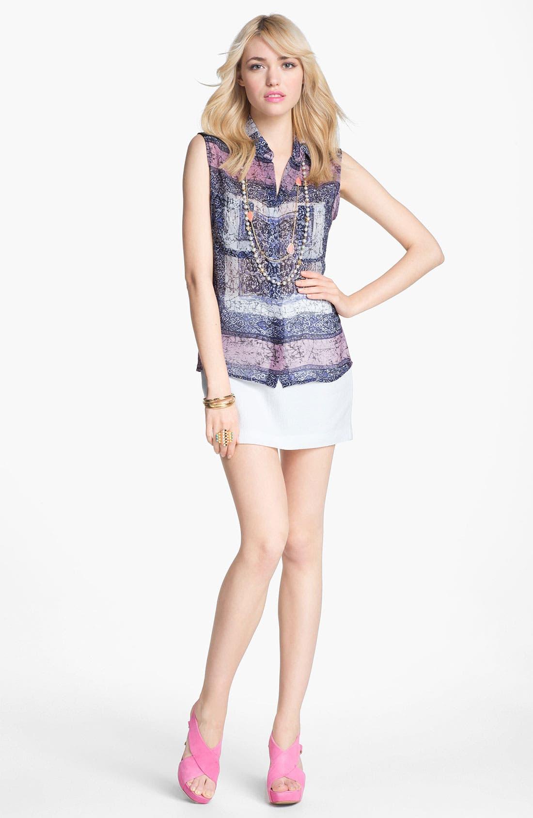 Main Image - WAYF Sleeveless Work Shirt