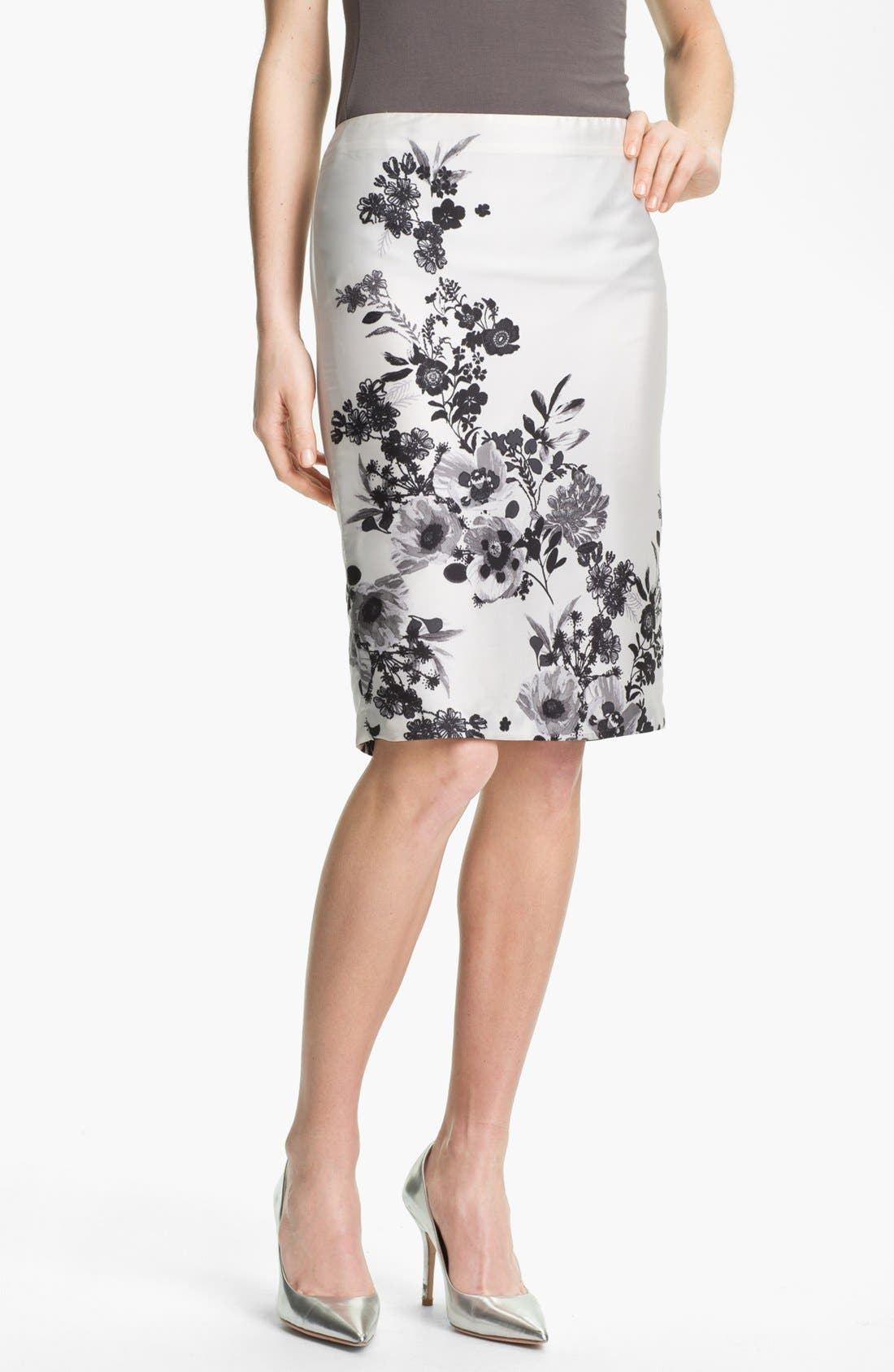 Alternate Image 1 Selected - Vince Camuto 'Graphic Garden' Pencil Skirt