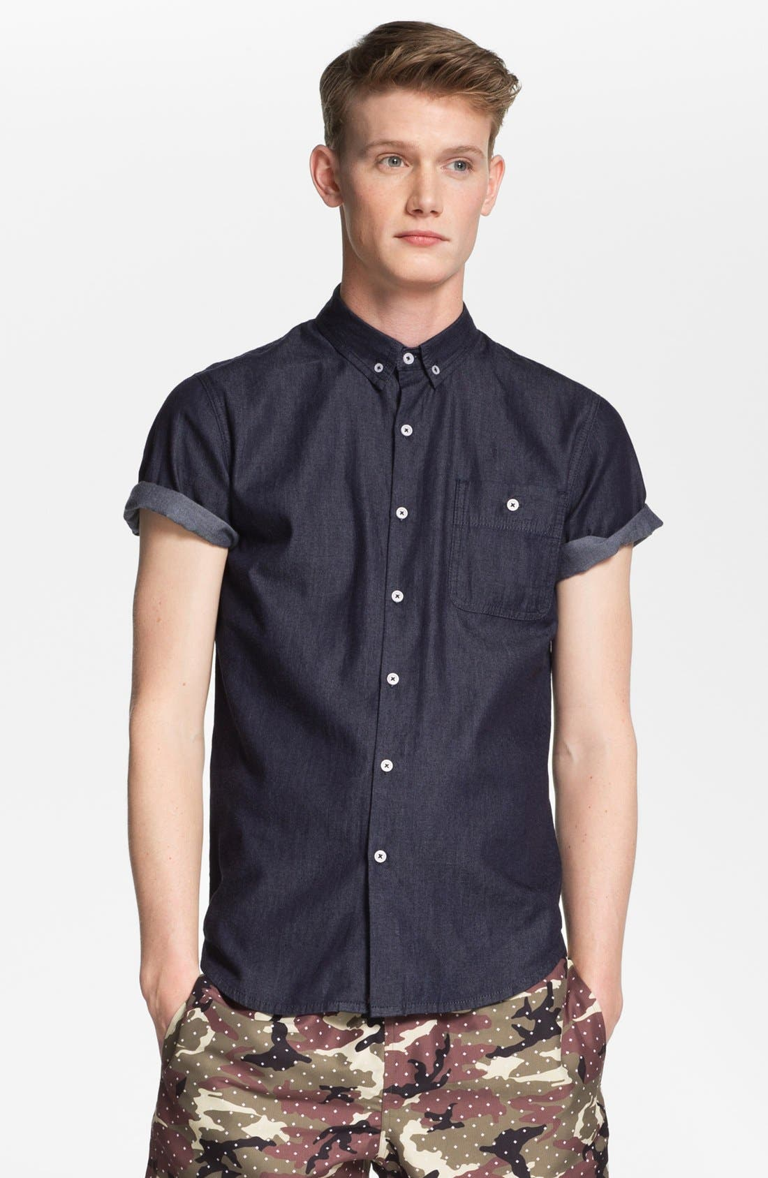 Main Image - Topman 'Smart' Short Sleeve Chambray Denim Shirt