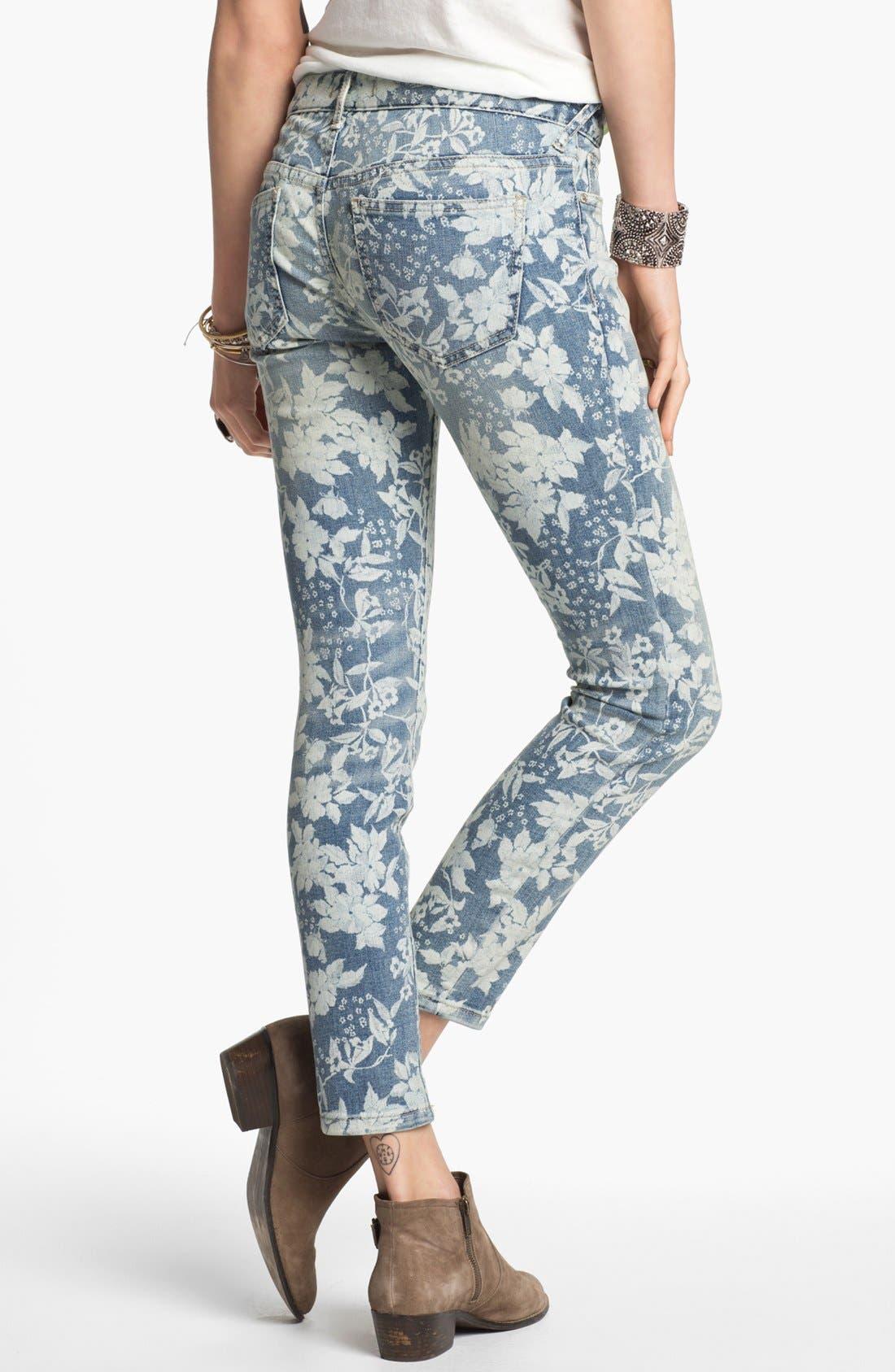 Alternate Image 2  - Free People Hawaiian Print Crop Skinny Jeans (Denim Combo)