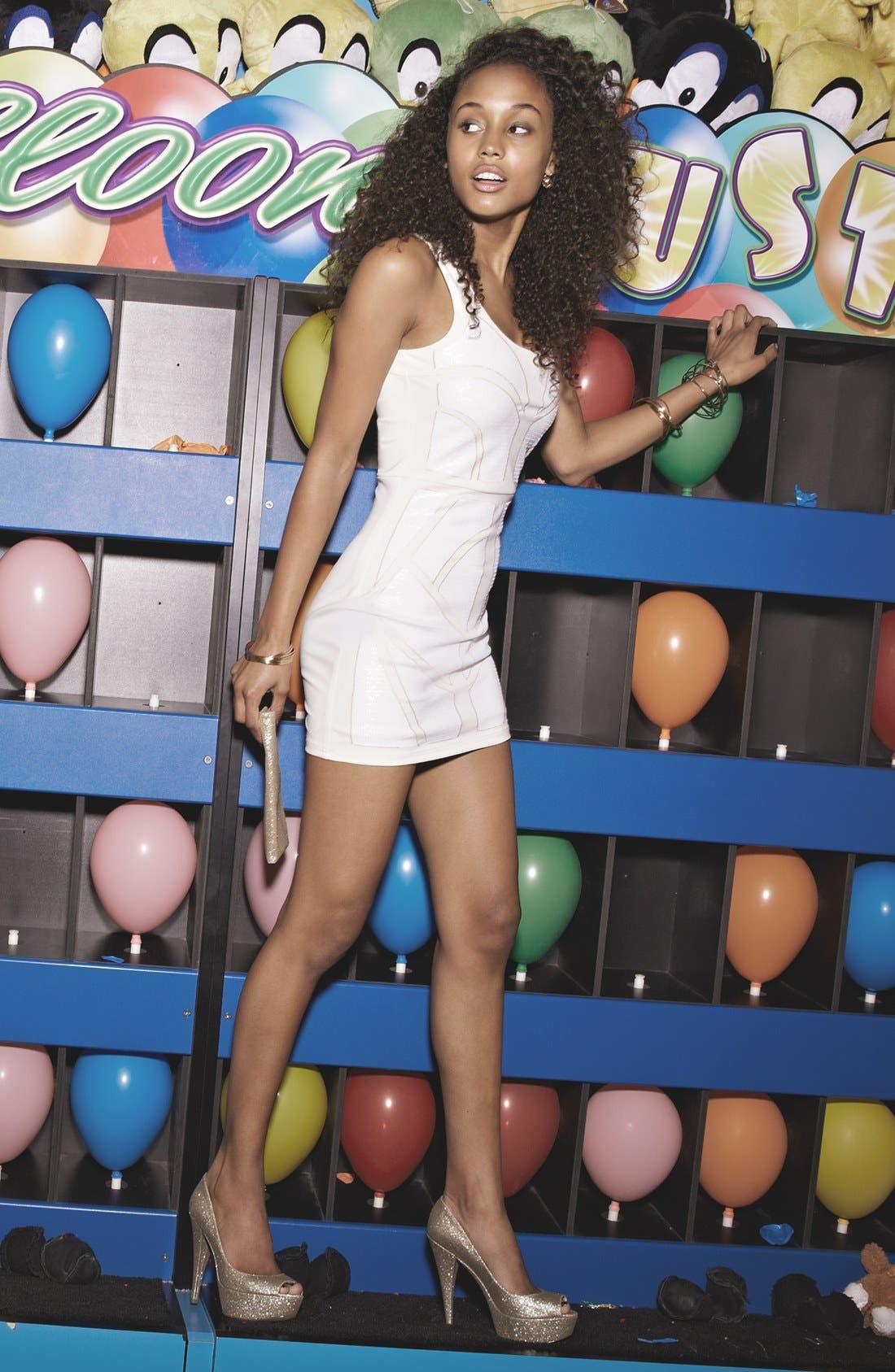 Main Image - En Crème Sequin Panel Bodycon Dress & Accessories