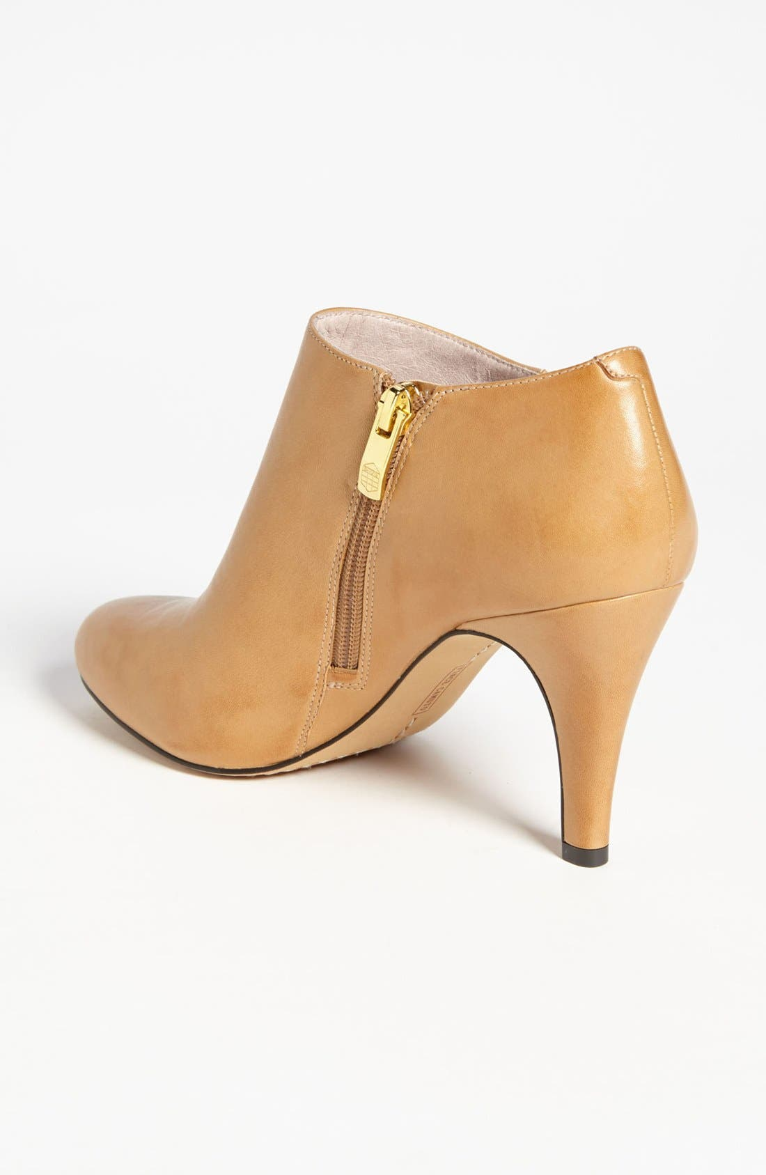 Alternate Image 2  - Vince Camuto 'Vive' Bootie (Nordstrom Exclusive) (Online Only Color)