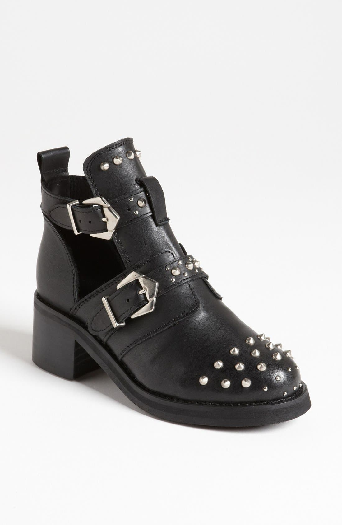 Main Image - Topshop 'Arabel' Studded Cutout Boot