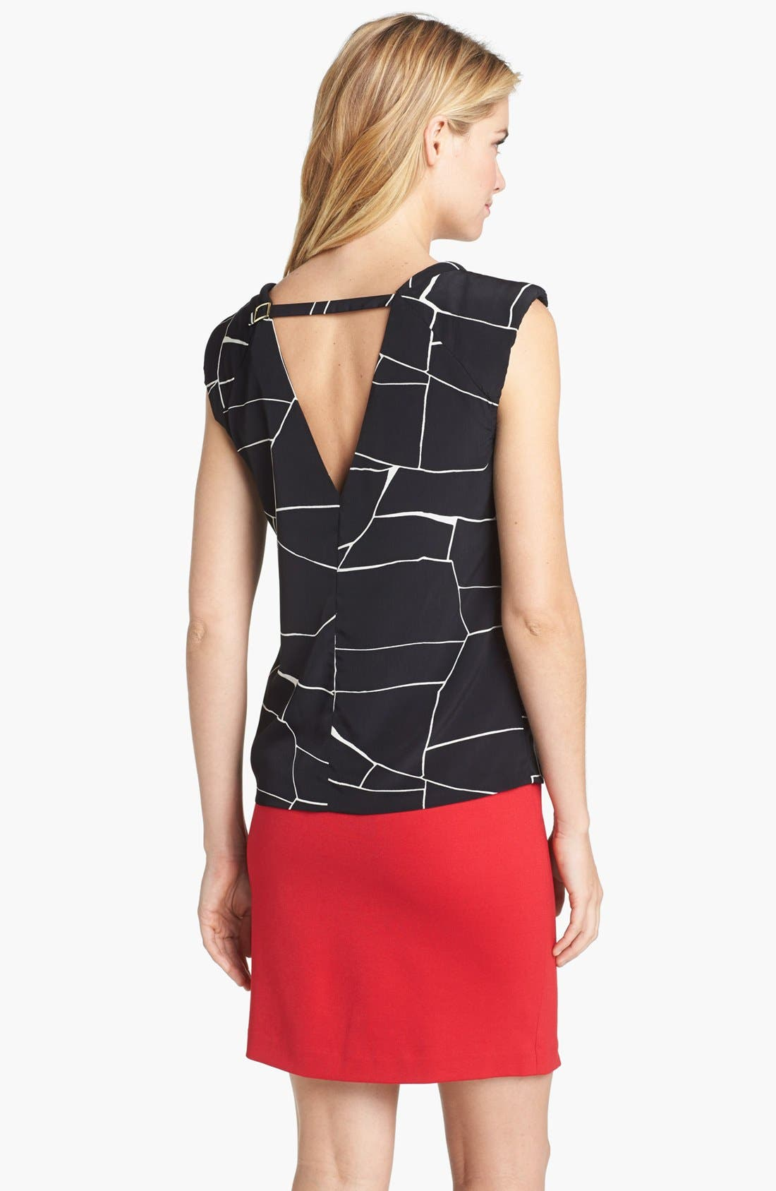 Alternate Image 2  - Vince Camuto Back Cutout Print Shell