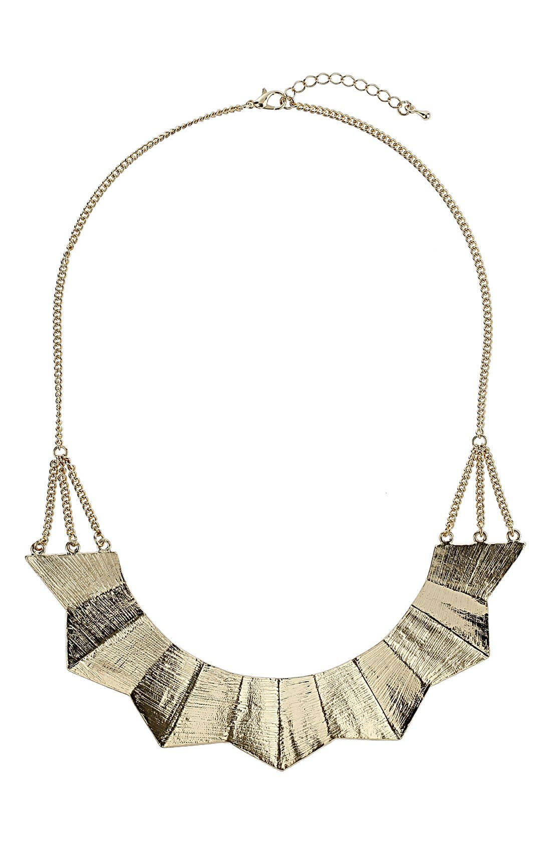 Main Image - Topshop Curved Bar Necklace
