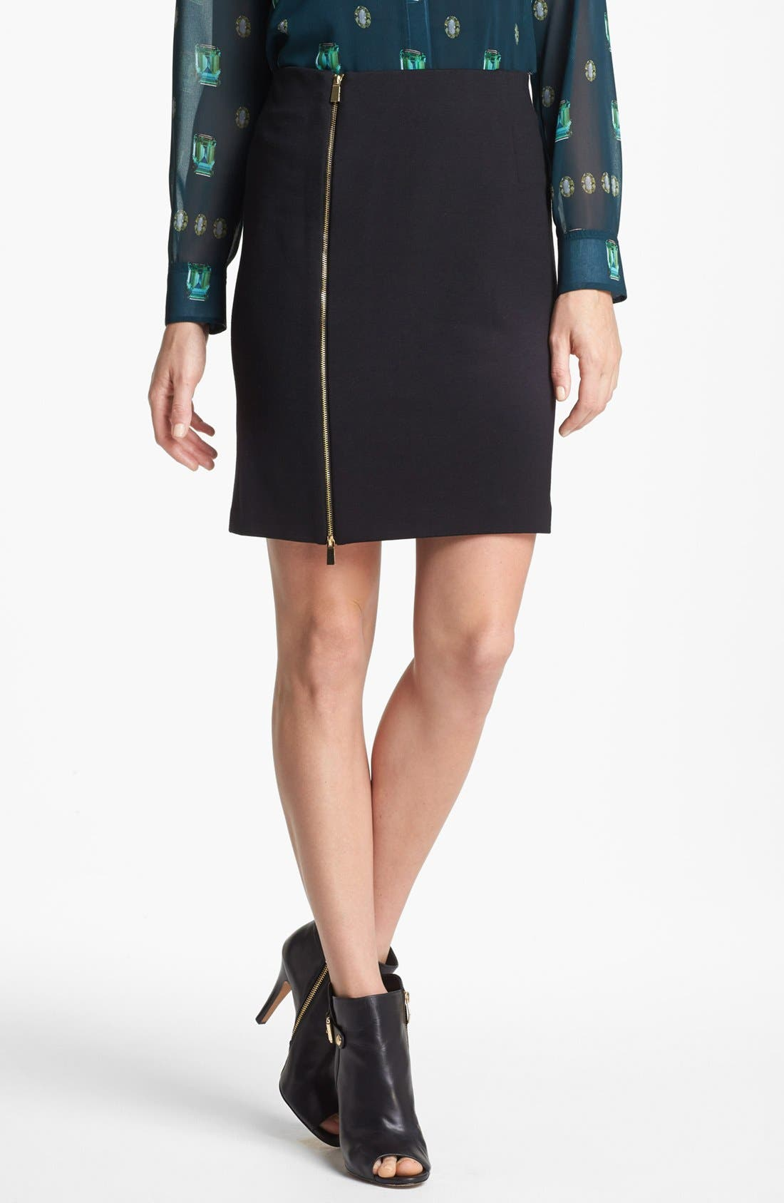 Alternate Image 1 Selected - Vince Camuto Front Zip Pencil Skirt