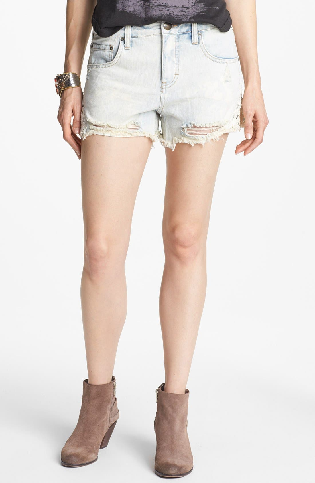 Main Image - Free People Crochet Trim Cutoff Denim Shorts (White Cloud)