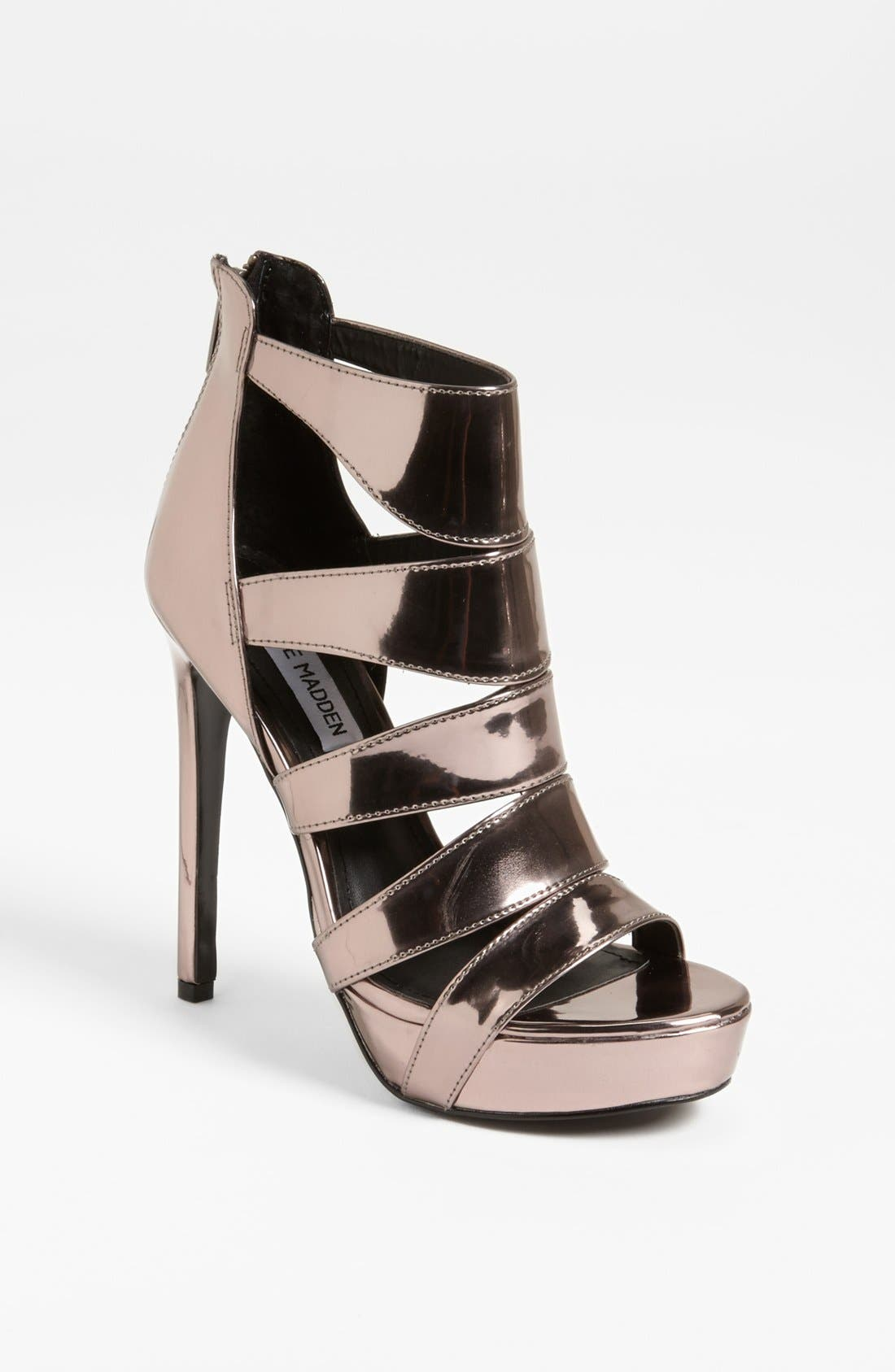Alternate Image 1 Selected - Steve Madden 'Spycee' Sandal