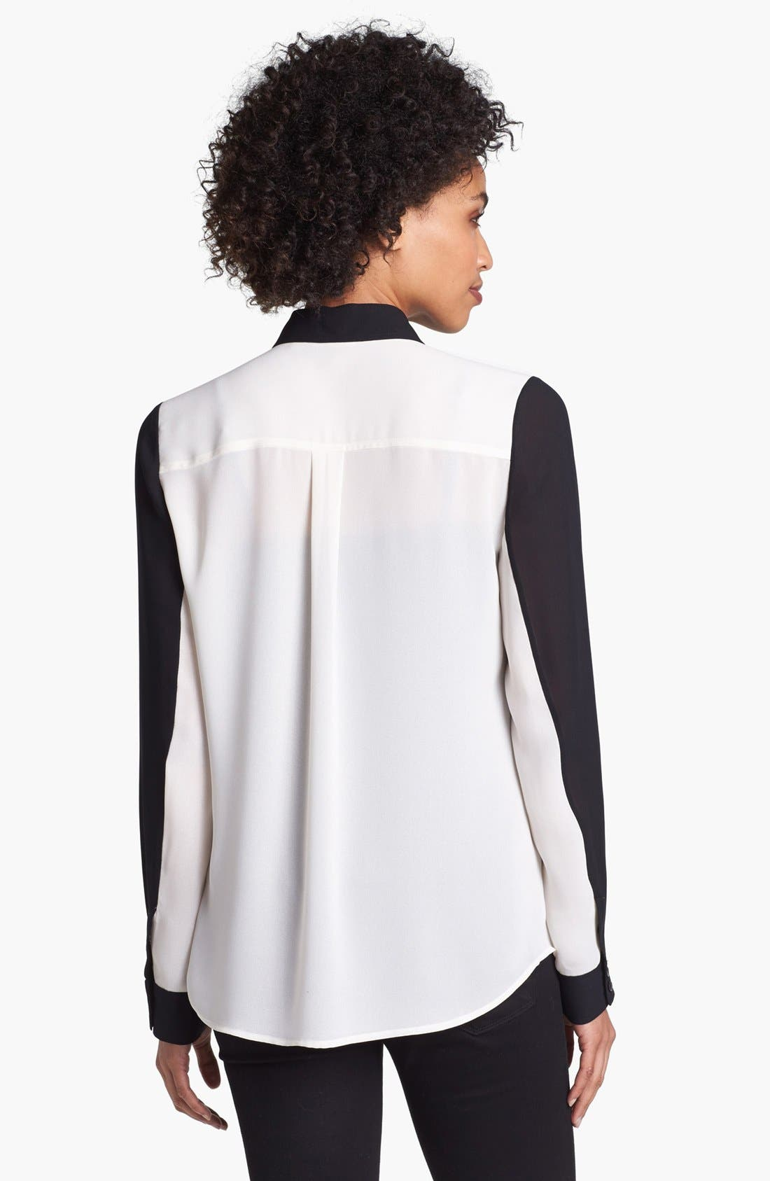 Alternate Image 2  - Halogen® Contrast Collar Print Shirt (Petite)