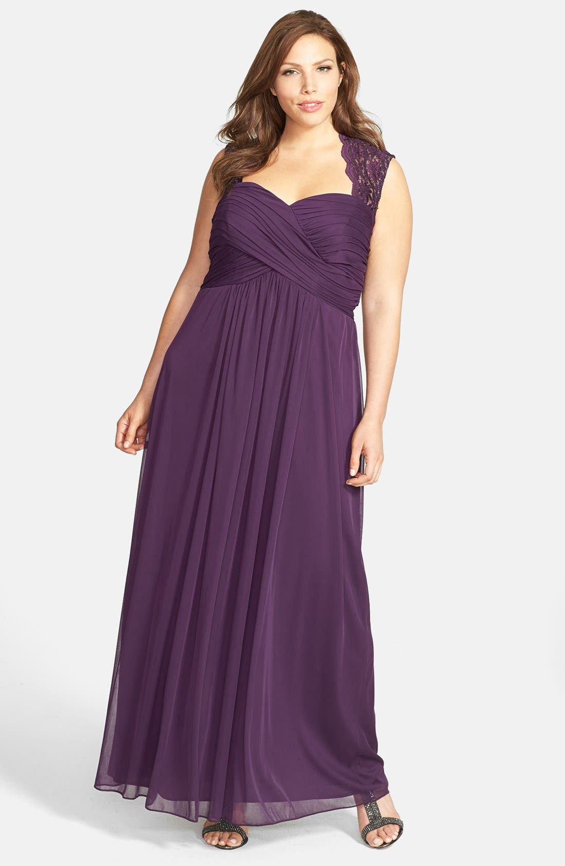 Main Image - Xscape Lace Yoke Ruched Jersey Gown (Plus Size)