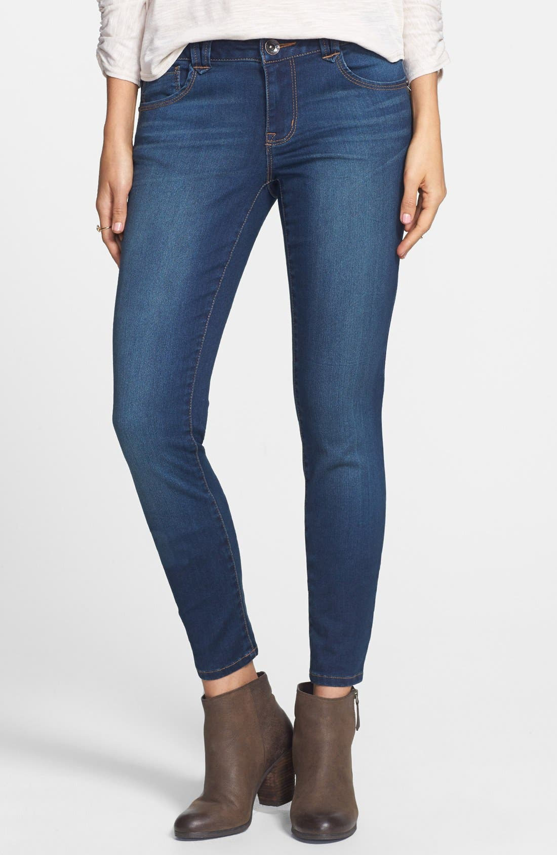 Alternate Image 1 Selected - Jolt Skinny Jeans (Medium) (Juniors)