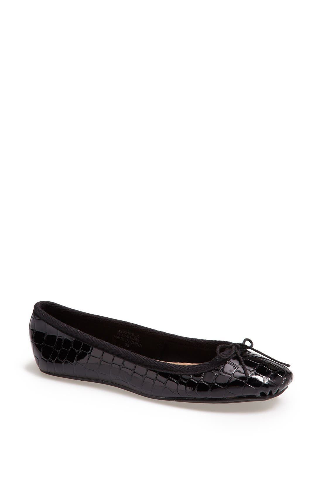 Alternate Image 1 Selected - Topshop 'Vibrant' Croc Embossed Ballet Flat