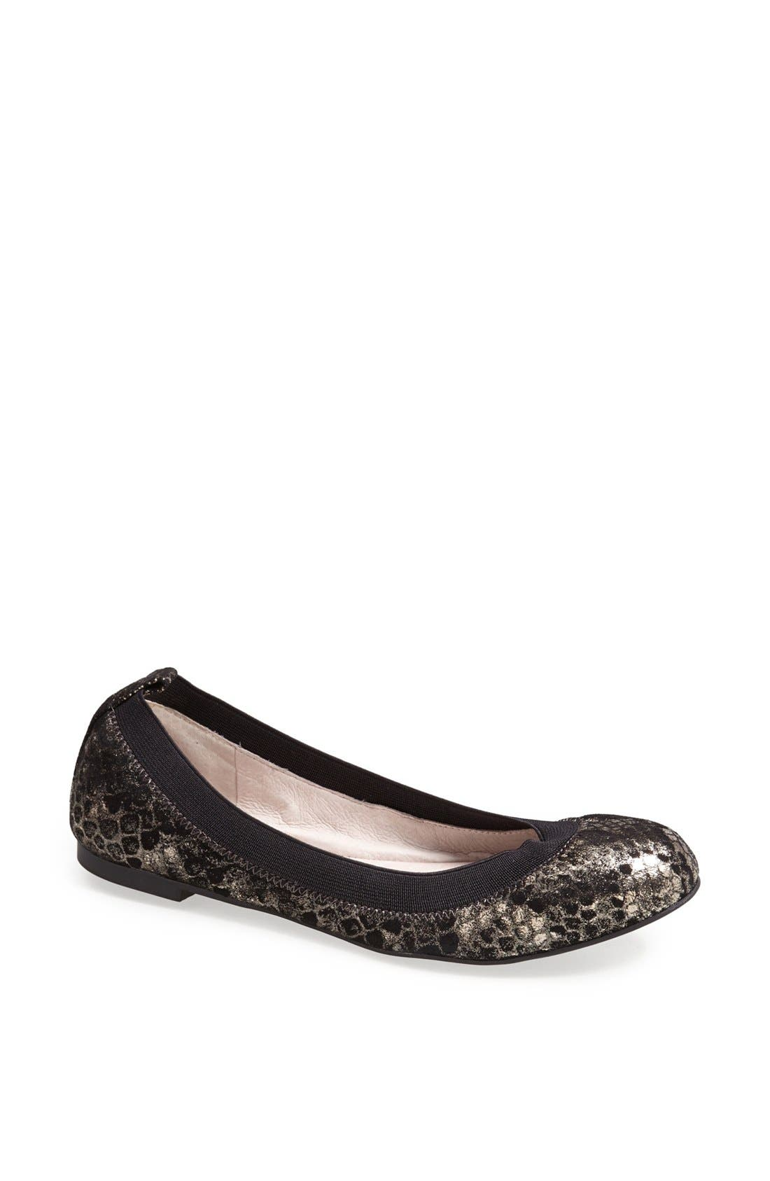 Alternate Image 1 Selected - Vince Camuto 'Jorra' Leather Flat