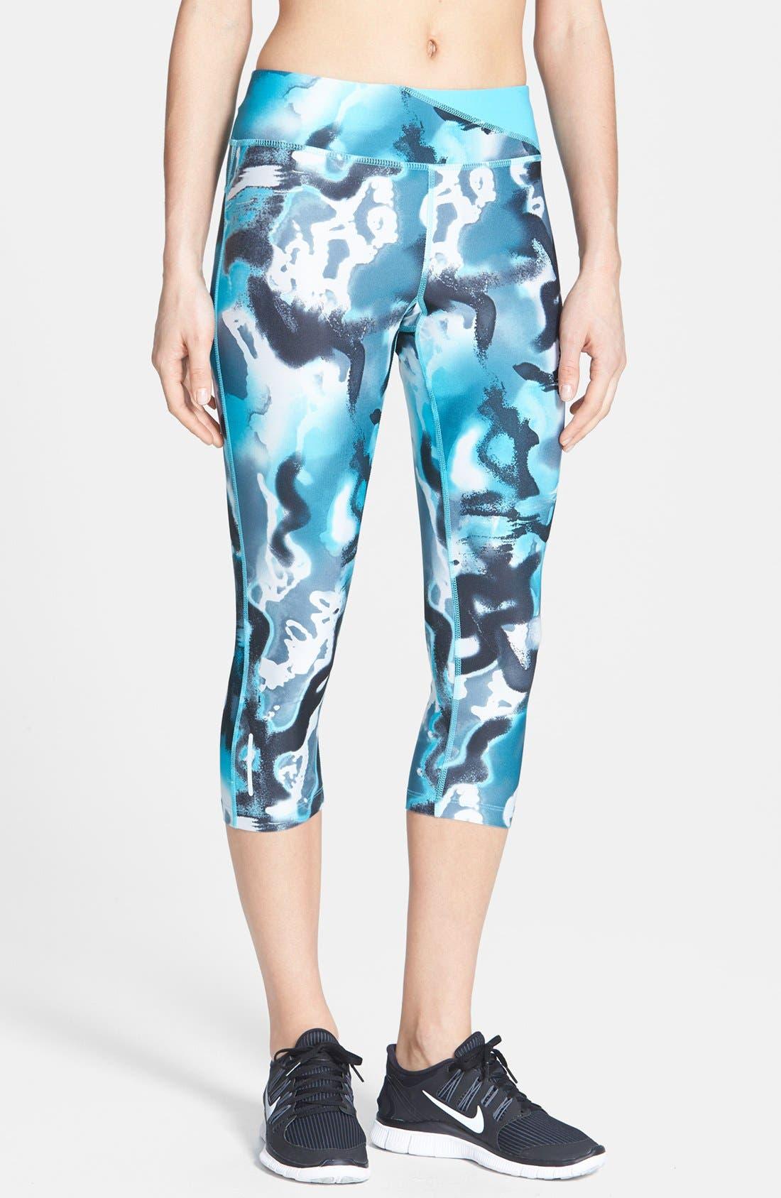 Main Image - Nike 'Twisty' Print Crop Running Pants