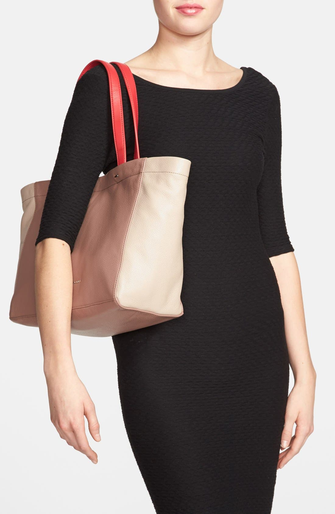 Alternate Image 2  - MARC BY MARC JACOBS 'What's the T' Leather Tote