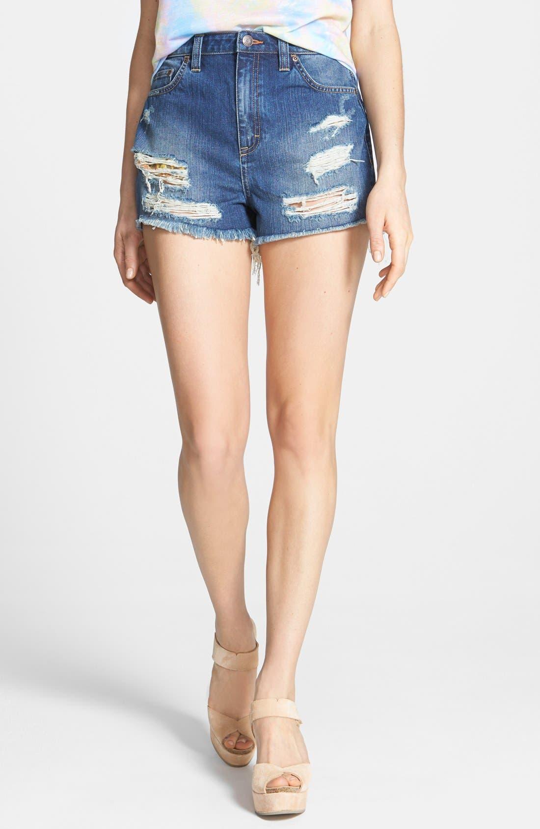 Alternate Image 2  - Dittos 'Kierra' Destroyed High Rise Denim Shorts (Medium Vintage)