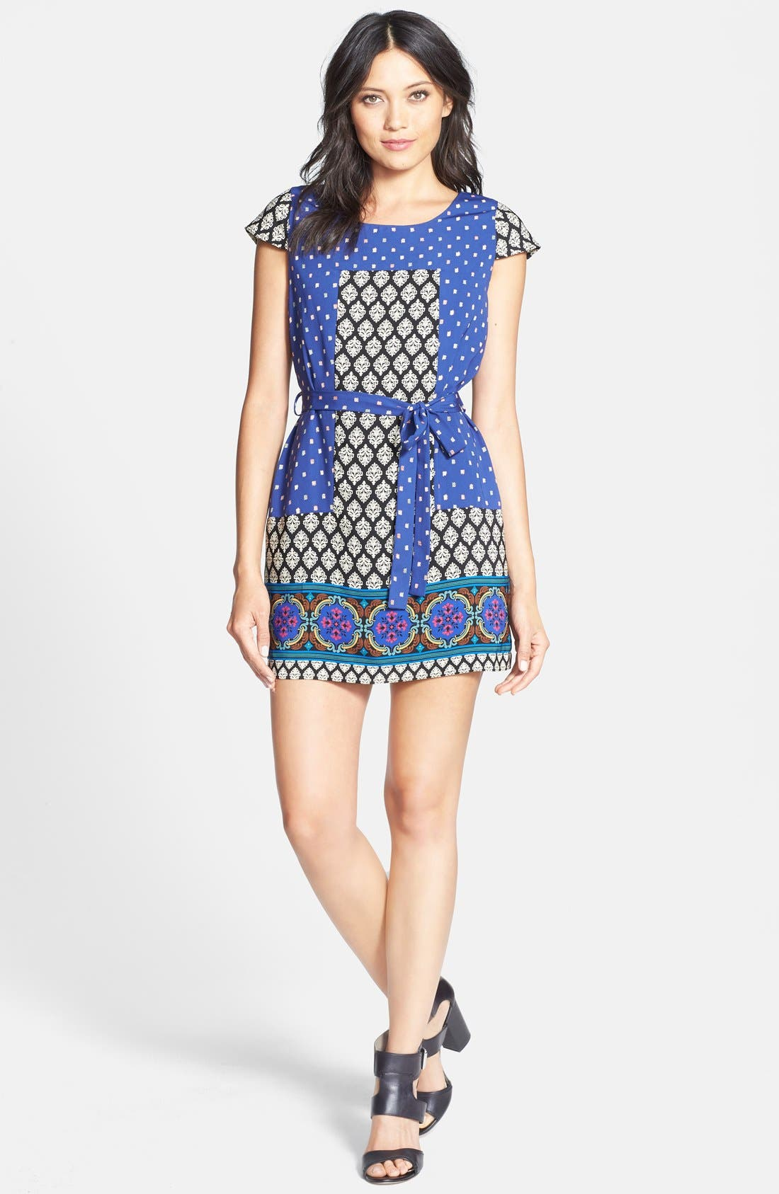 Alternate Image 3  - Collective Concepts Short Sleeve Print Shift Dress