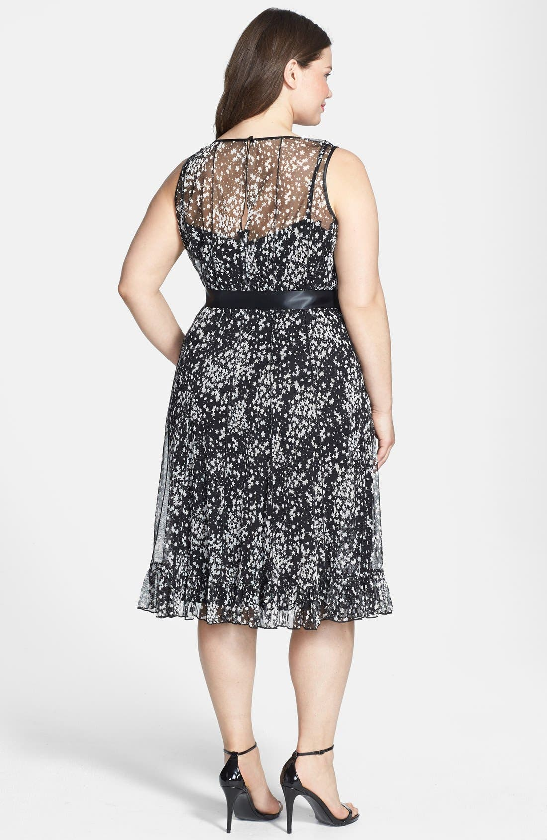 Alternate Image 2  - Jessica Howard Print Seamed Dress (Plus Size)