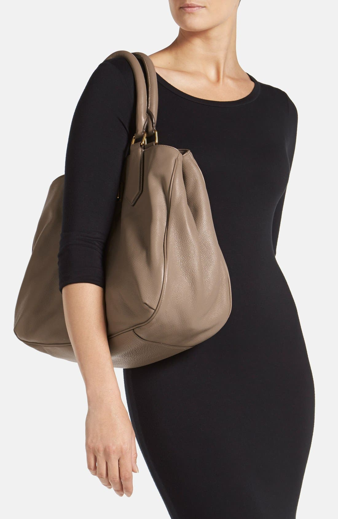 Alternate Image 2  - MARC BY MARC JACOBS Leather Tote