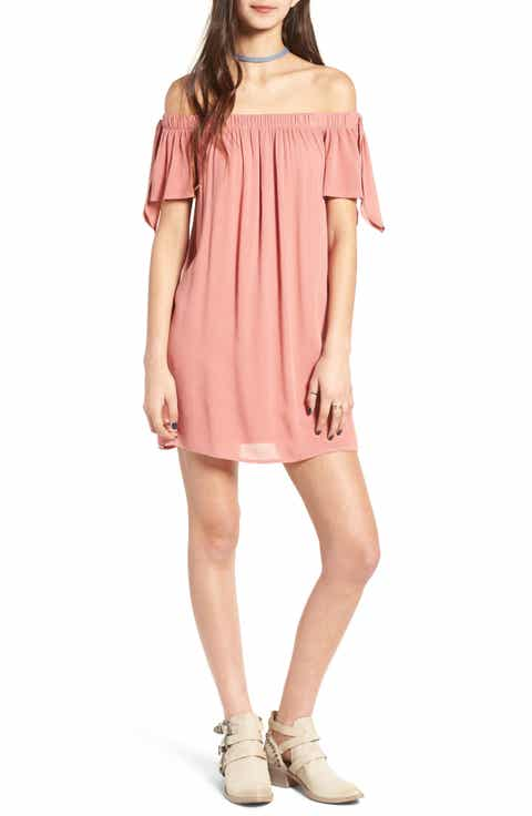 One Clothing Off the Shoulder Shift Dress