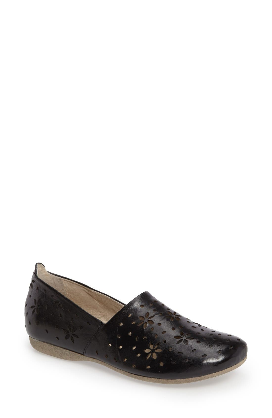 Josef Seibel Fiona 31 Perforated Flat (Women)